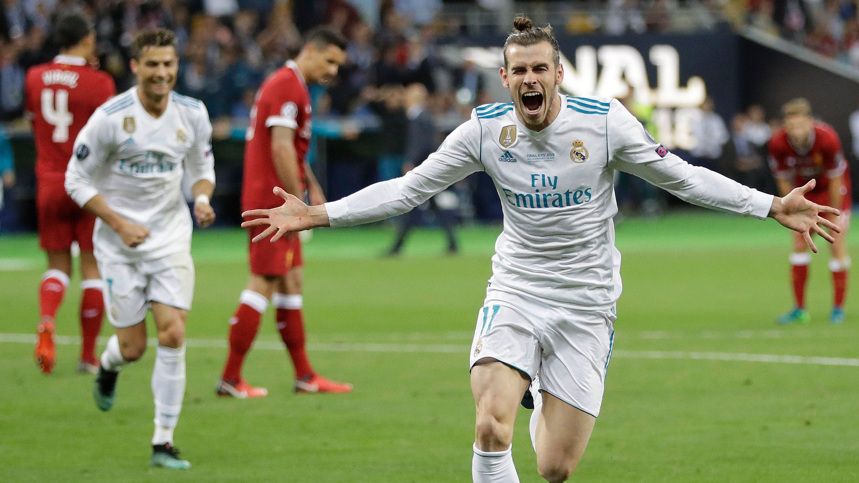 Gareth Bale bicycle kick
