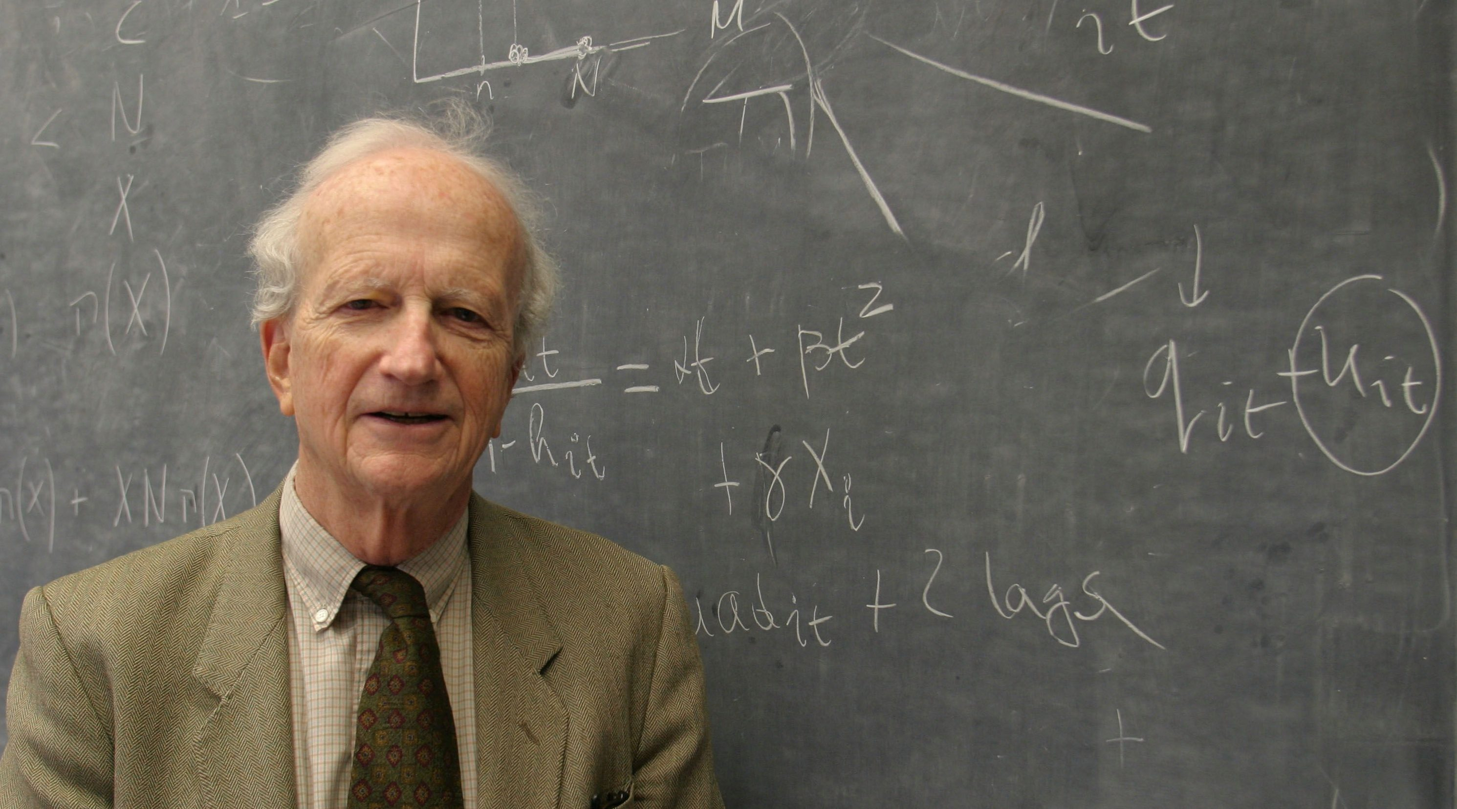 niversity of Chicago Professor Gary Becker who teaches economics and sociology poses for a portrait in his office, Tuesday, Nov. 1, 2005, in Chicago. Becker has been educating students at the U of C for over thirty years.(AP Photo/Joshua Lott)
