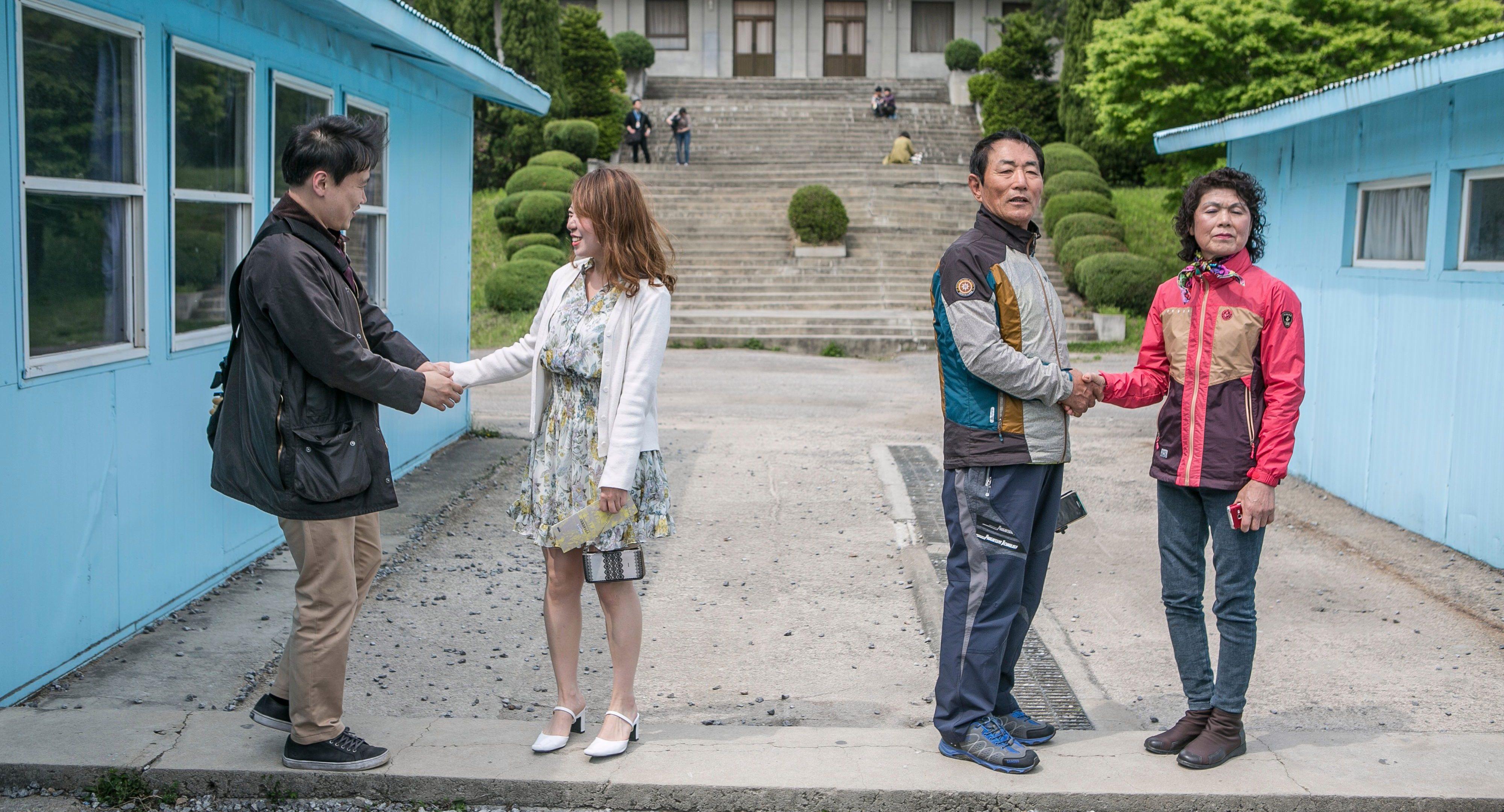 South Koreans Visit Mock Panmunjom