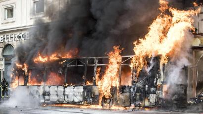 Rome bus on fire