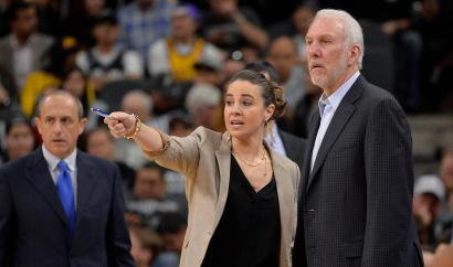 Becky hammon is interviewing for the Milwaukee Bucks coaching position