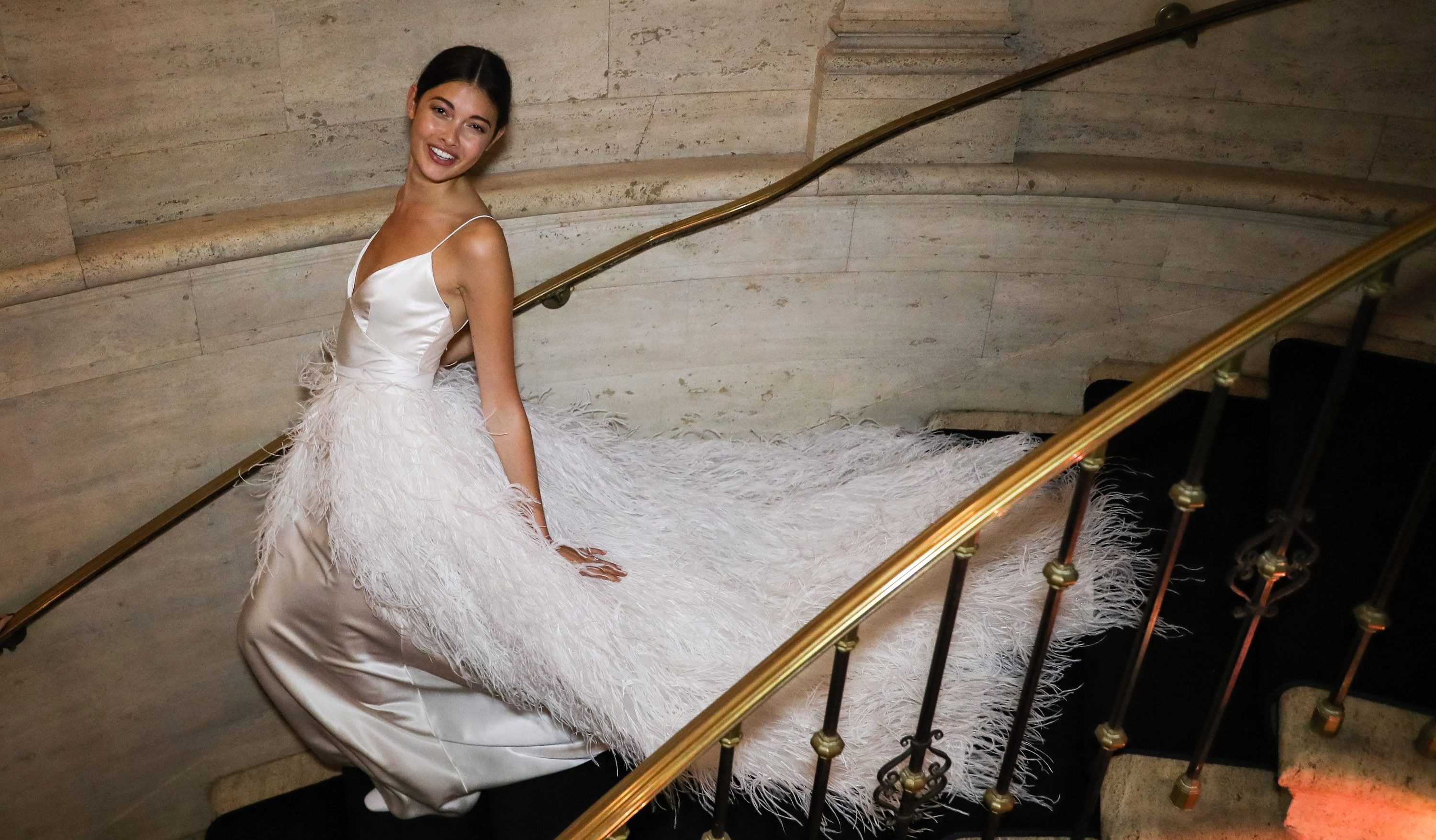 How To Get A Designer Wedding Dress Fast Without Going Broke Quartzy