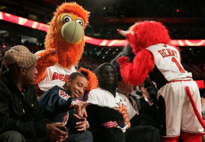 A study of NBA mascots and their idiosyncratic relationships to the