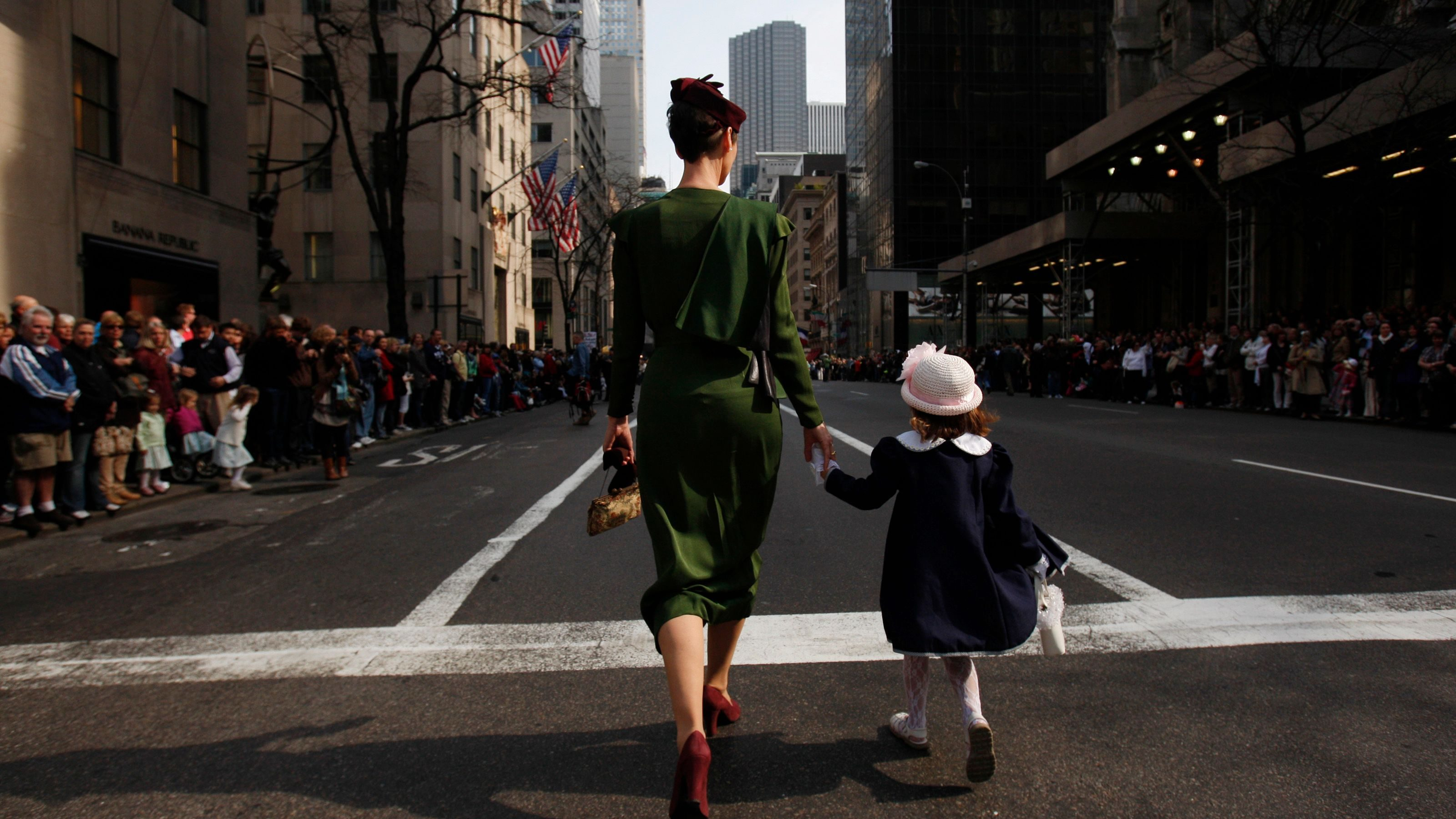 Maternity leave in the US: Mothers share their experience