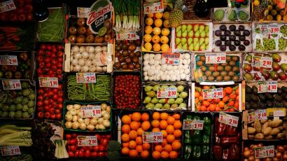 A new study suggests organic food can prevent cancer, but