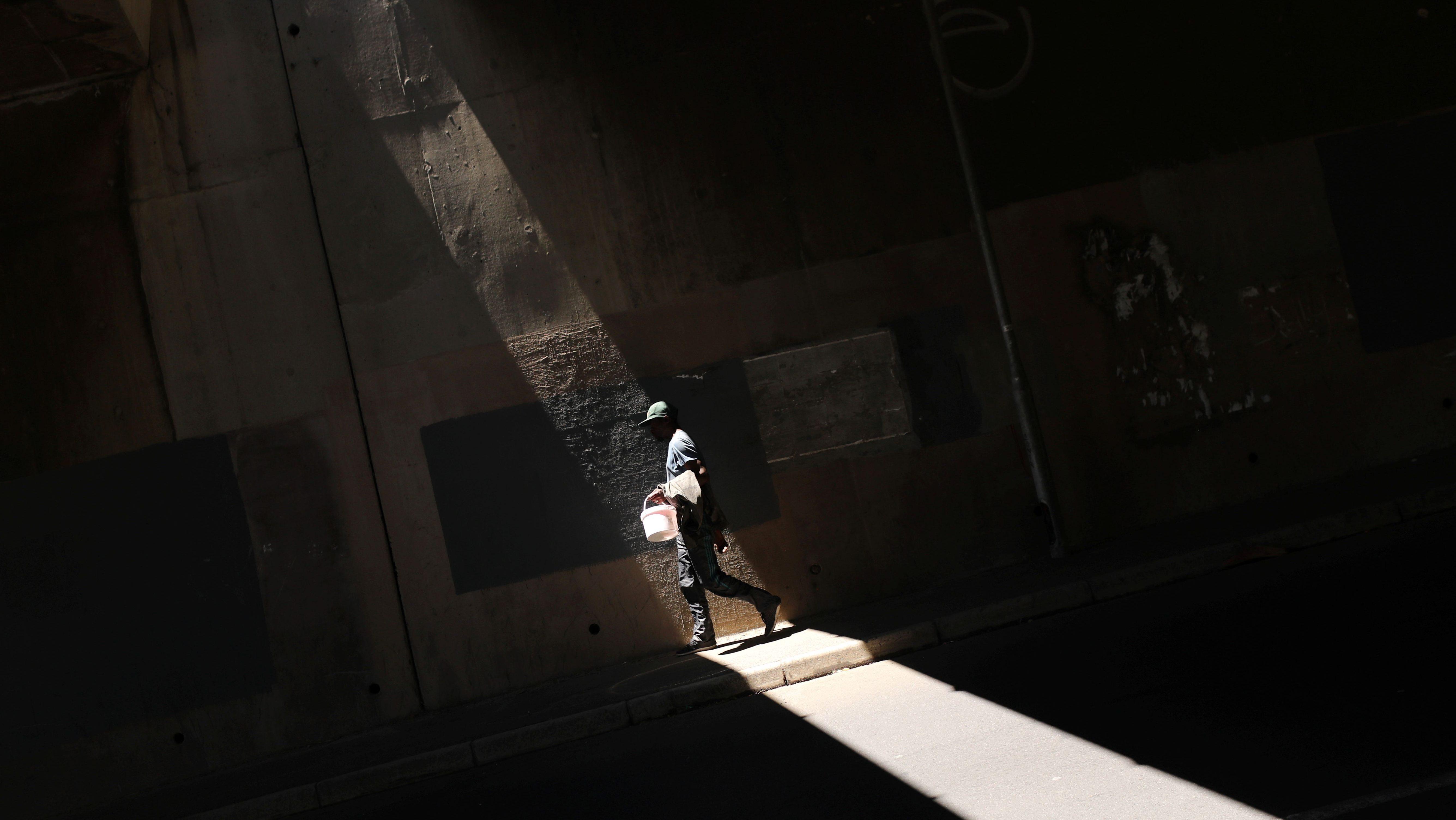 """The Wider Image: Cape Town dreads """"Day Zero"""" when taps will run dry"""