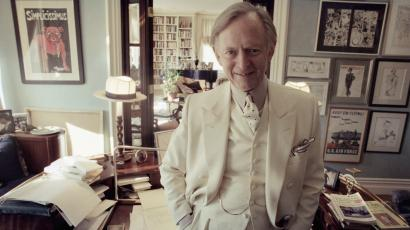 Author Tom Wolfe in his New York apartment