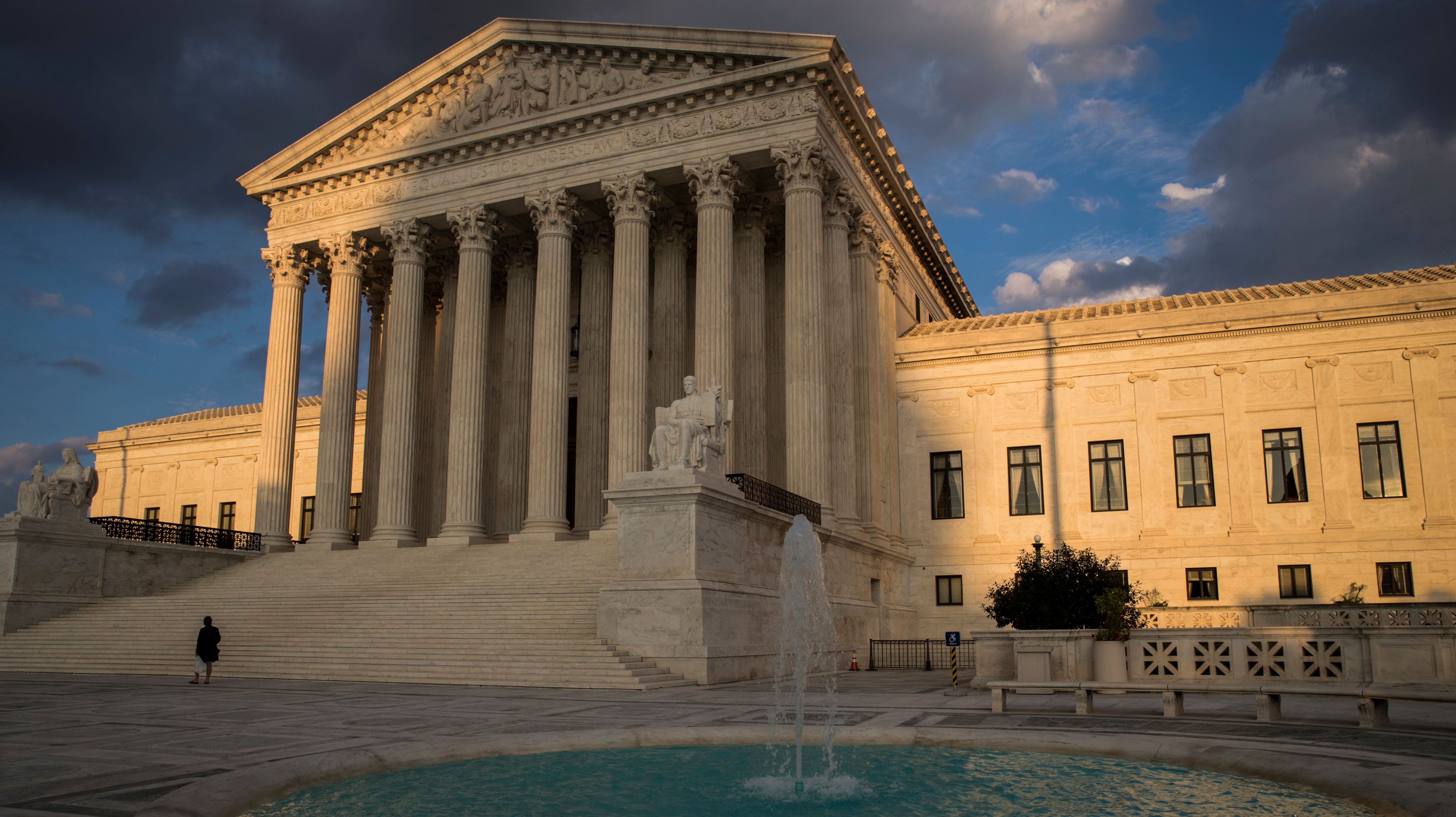 10 Supreme Court Cases Every Teen Should Know
