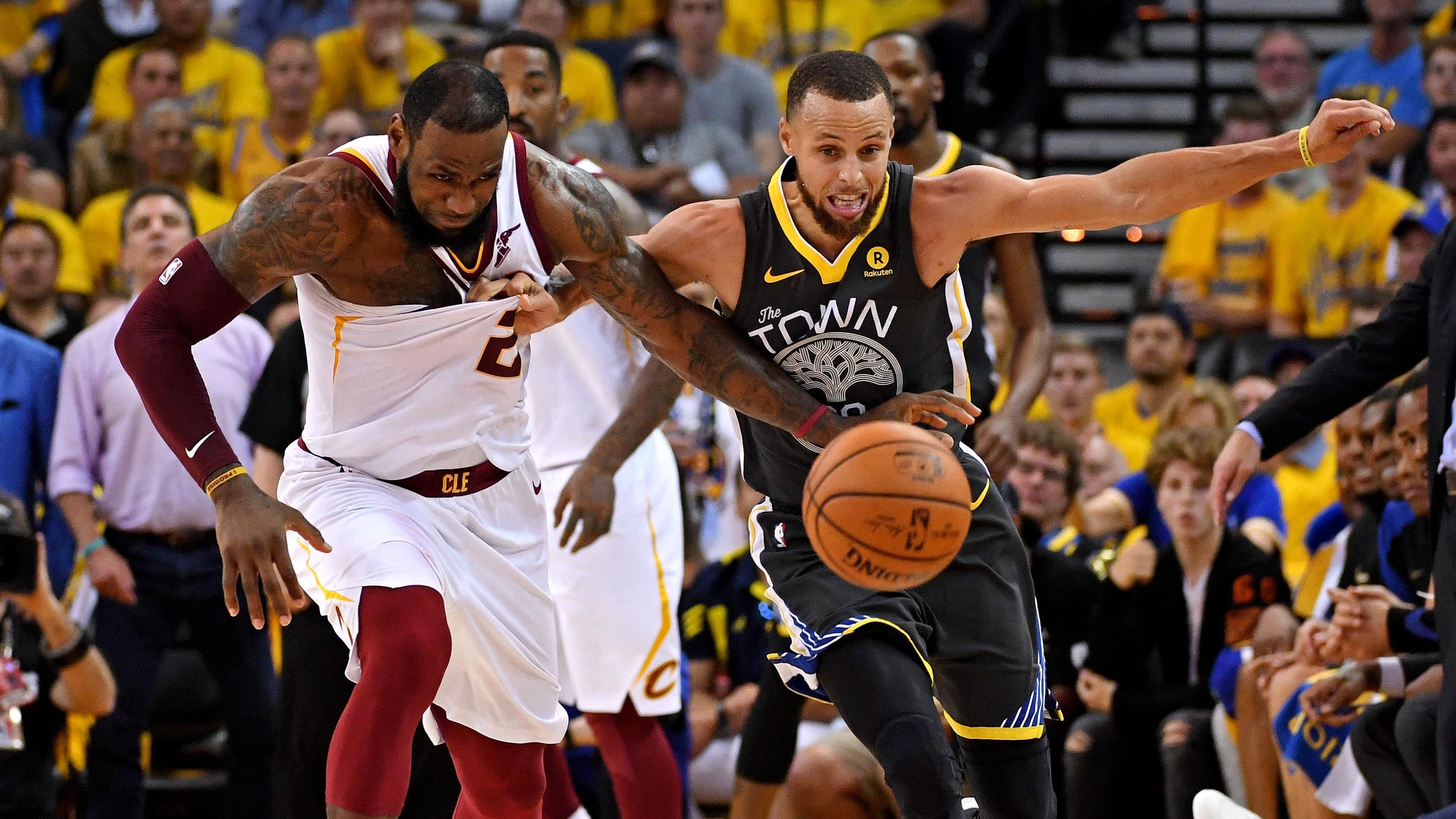 d3ac57ca54e LeBron James and Stephen Curry agree  No one in the NBA wants to visit Trump