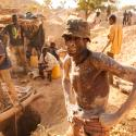 Artisanal mining: Photos from mining pits and markets in Africa by Hugh Brown
