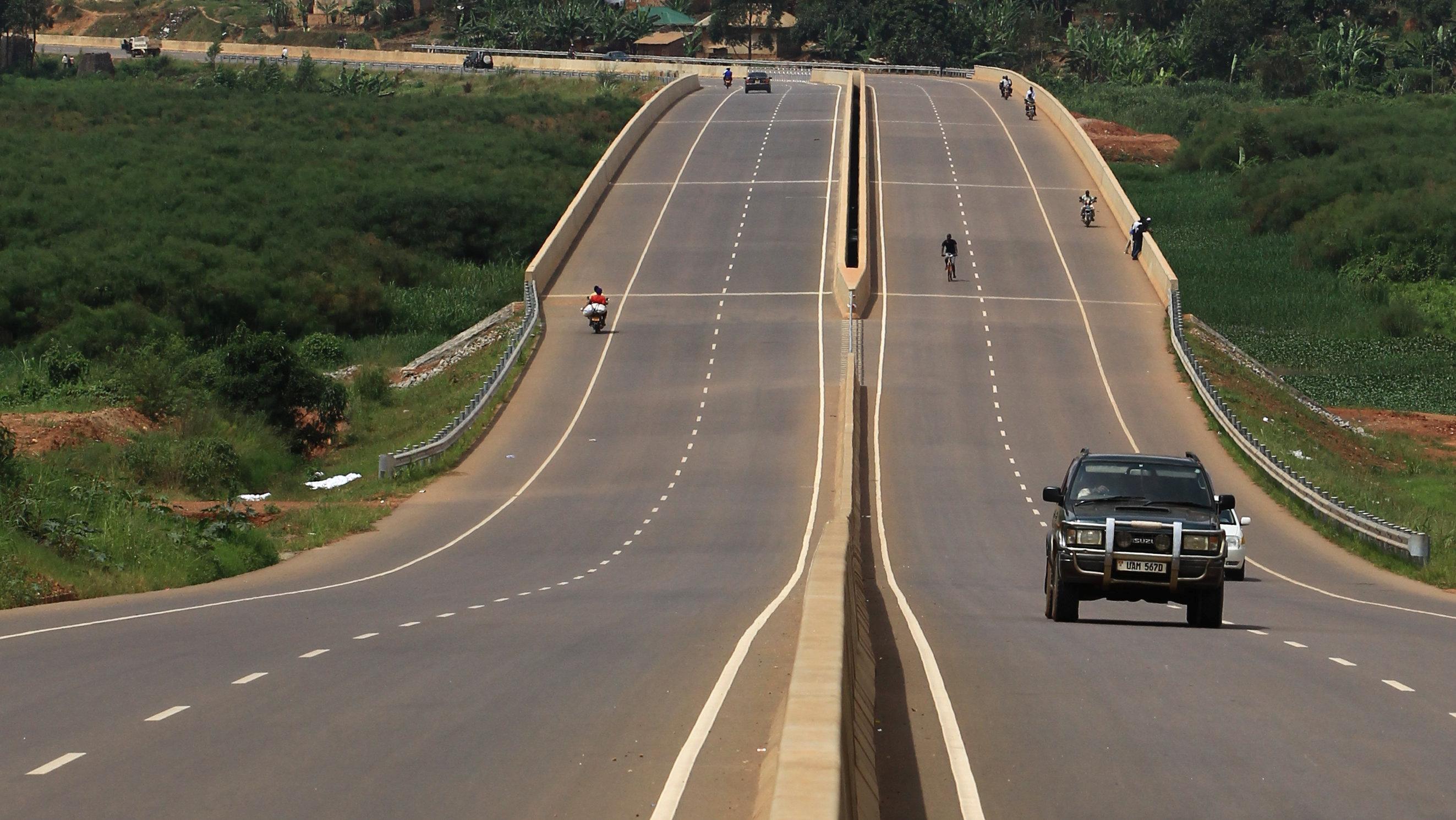 China is building expensive roads in Uganda — Quartz Africa