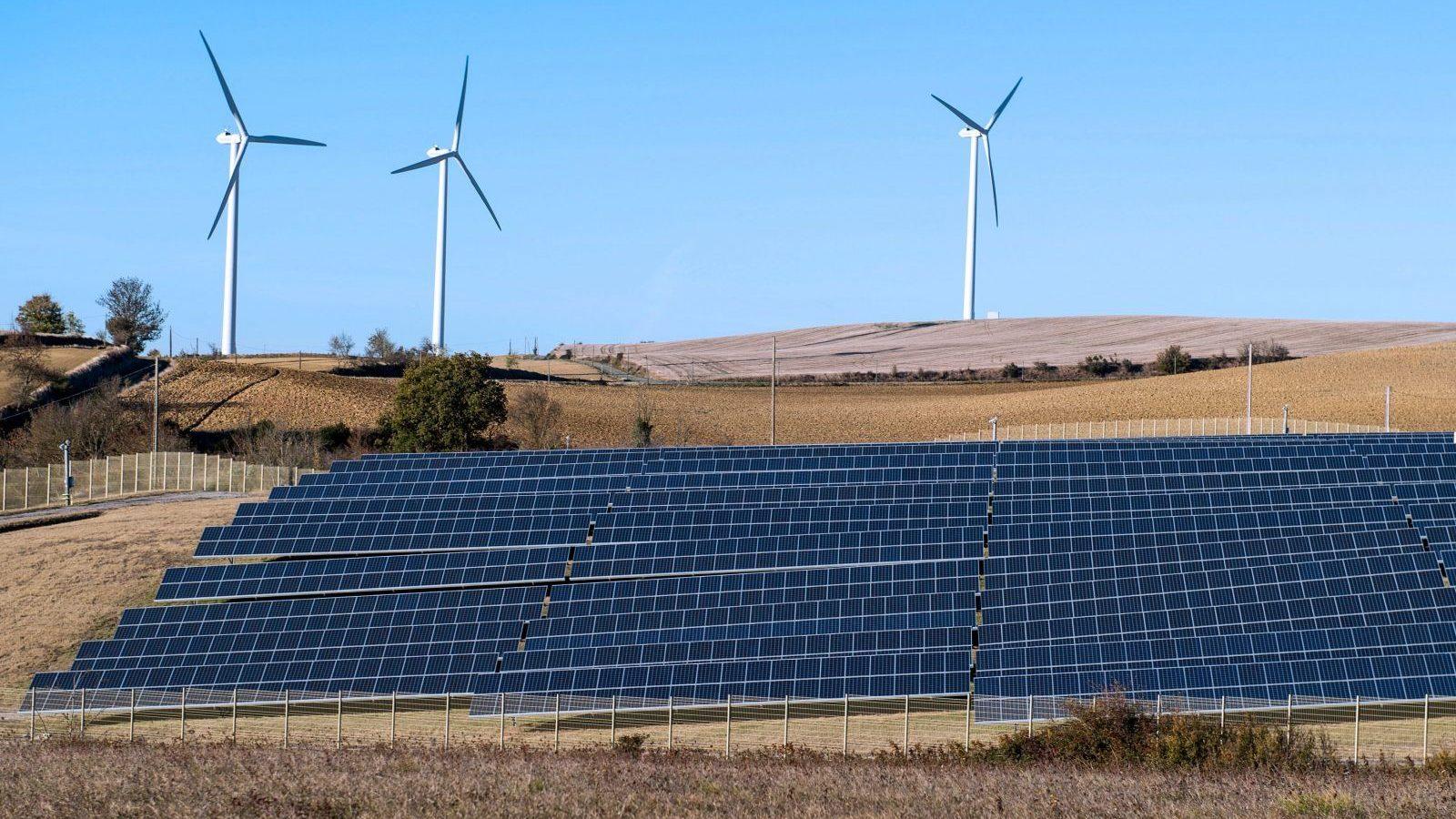 India-wind-solar-energy-karnataka