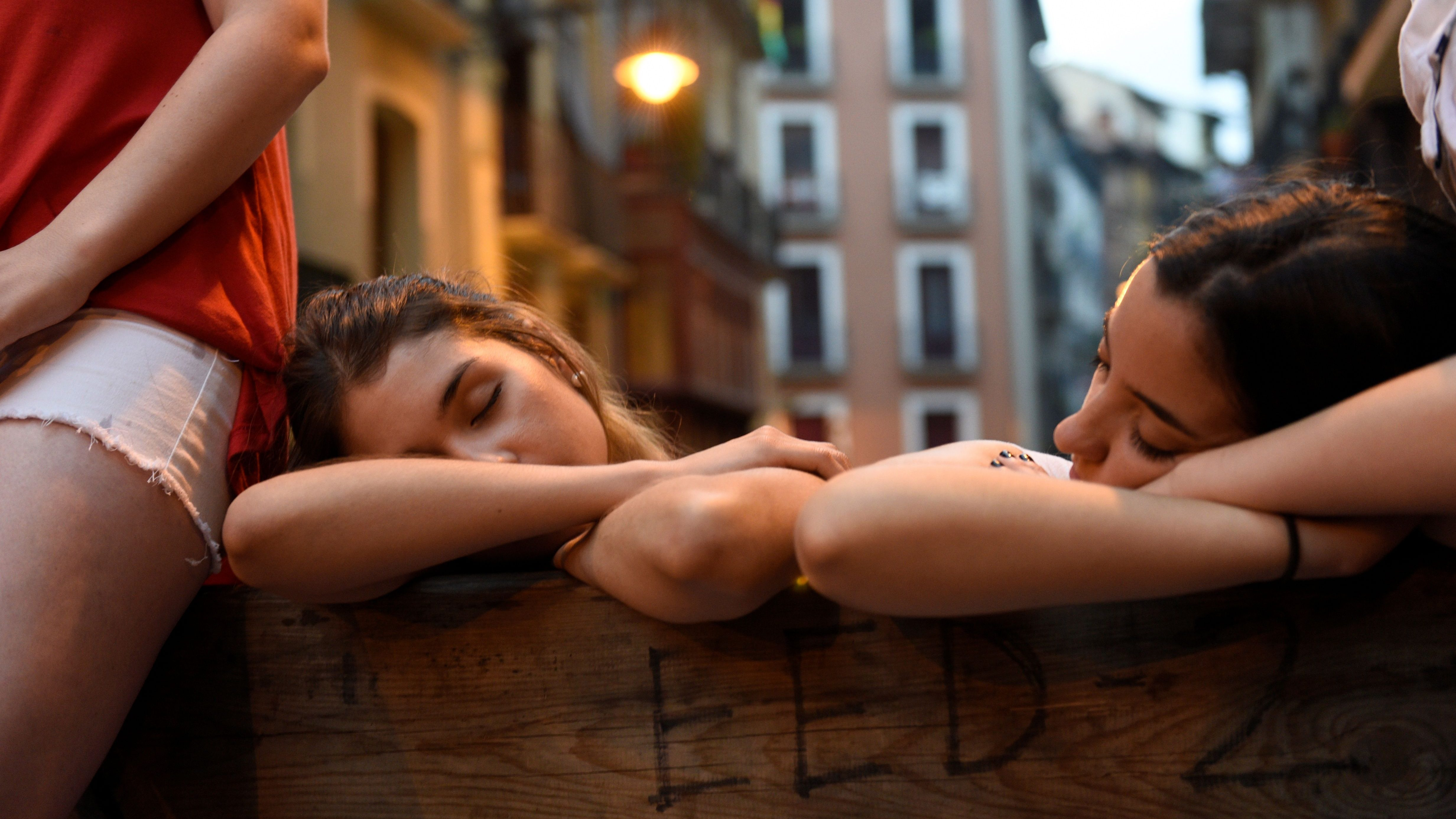 A Stanford neurologist's nine simple tips for quality sleep