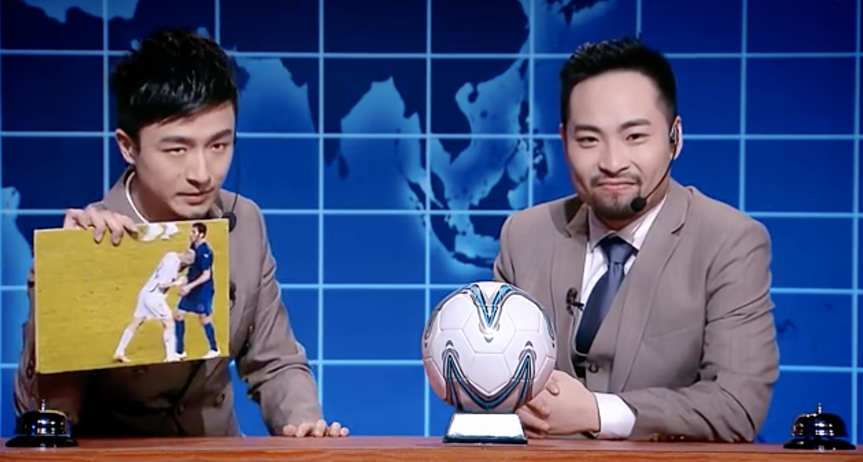 A football skits on Saturday Night Live China.