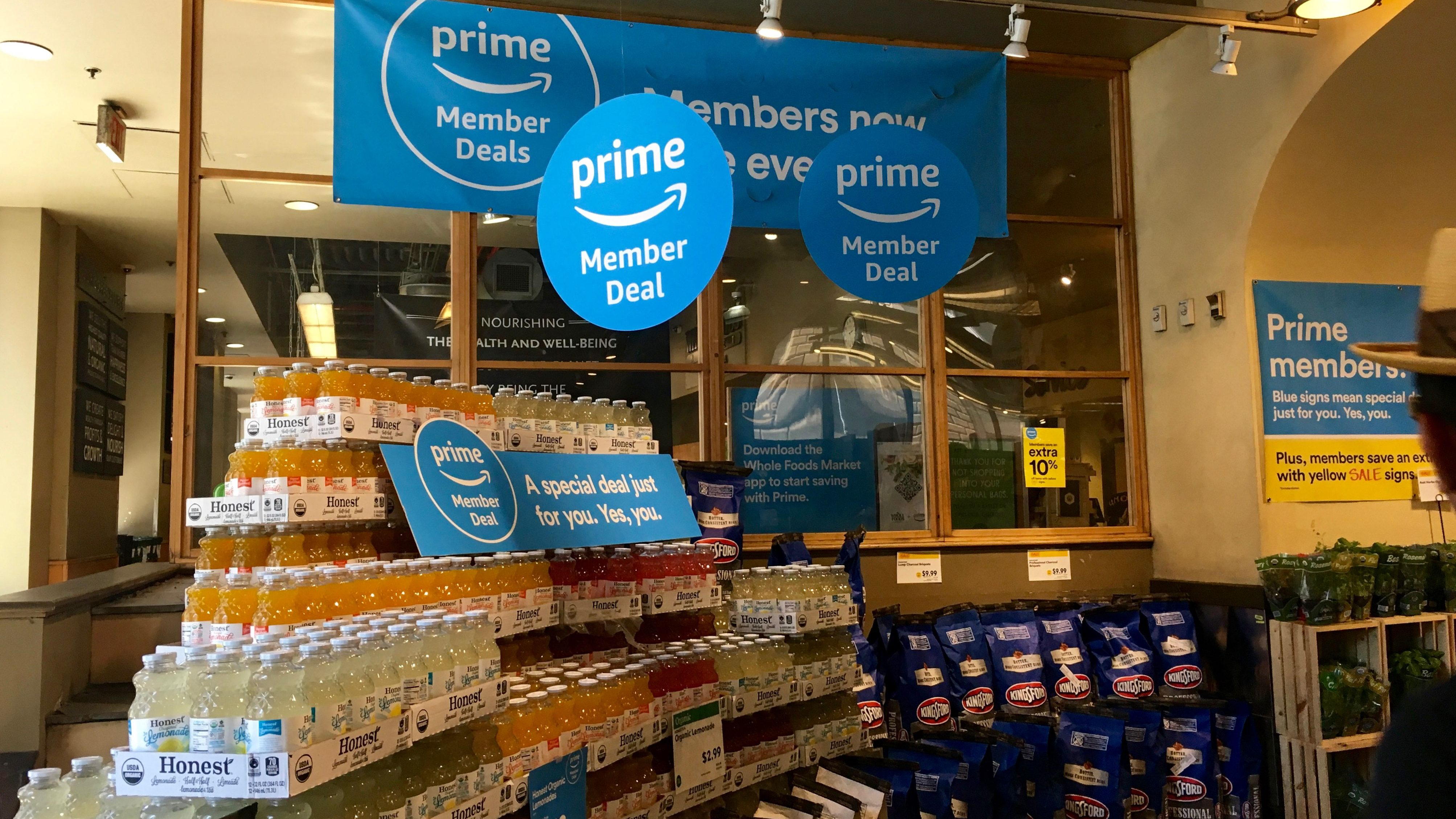 Whole Foods Amazon Prime discounts show how middle class is shrinking photo