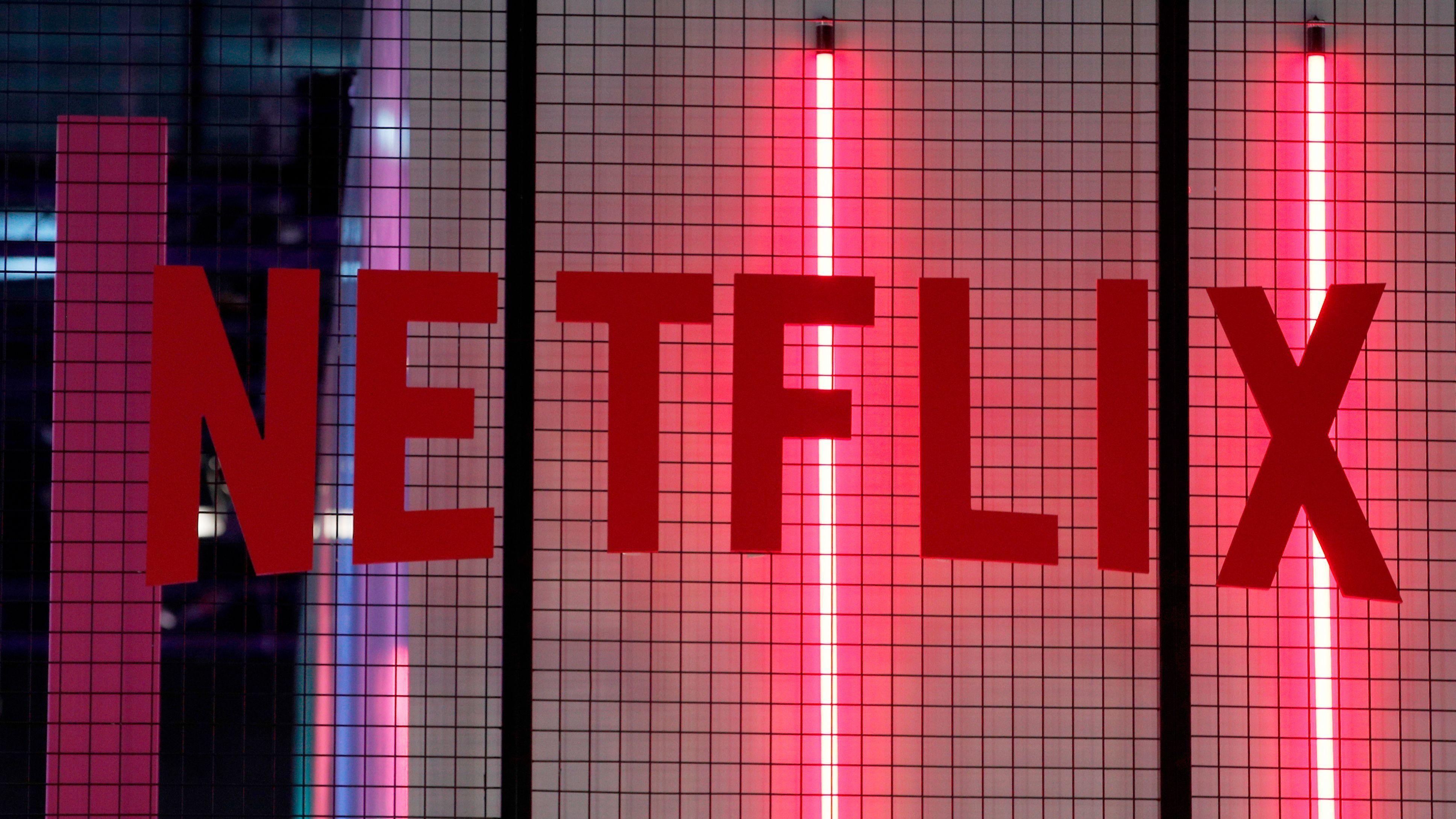 Netflix (NFLX) stock plunges after Q2 earnings slowdown — Quartz