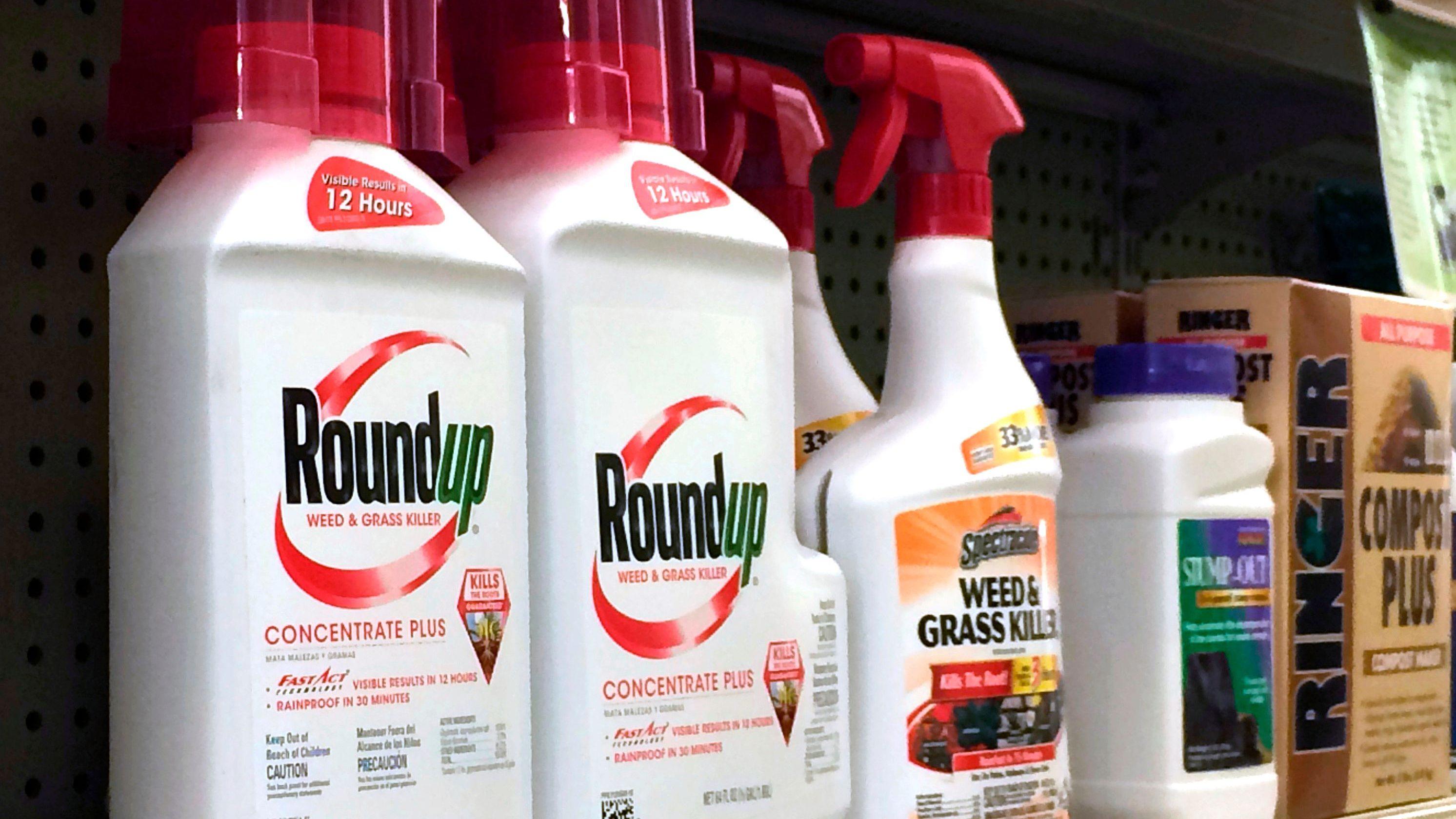 Moms Exposure To Monsanto Weed Killer >> Monsanto Ordered To Pay 289 Million In Roundup Case Quartz
