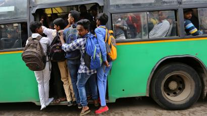 India crowded bus