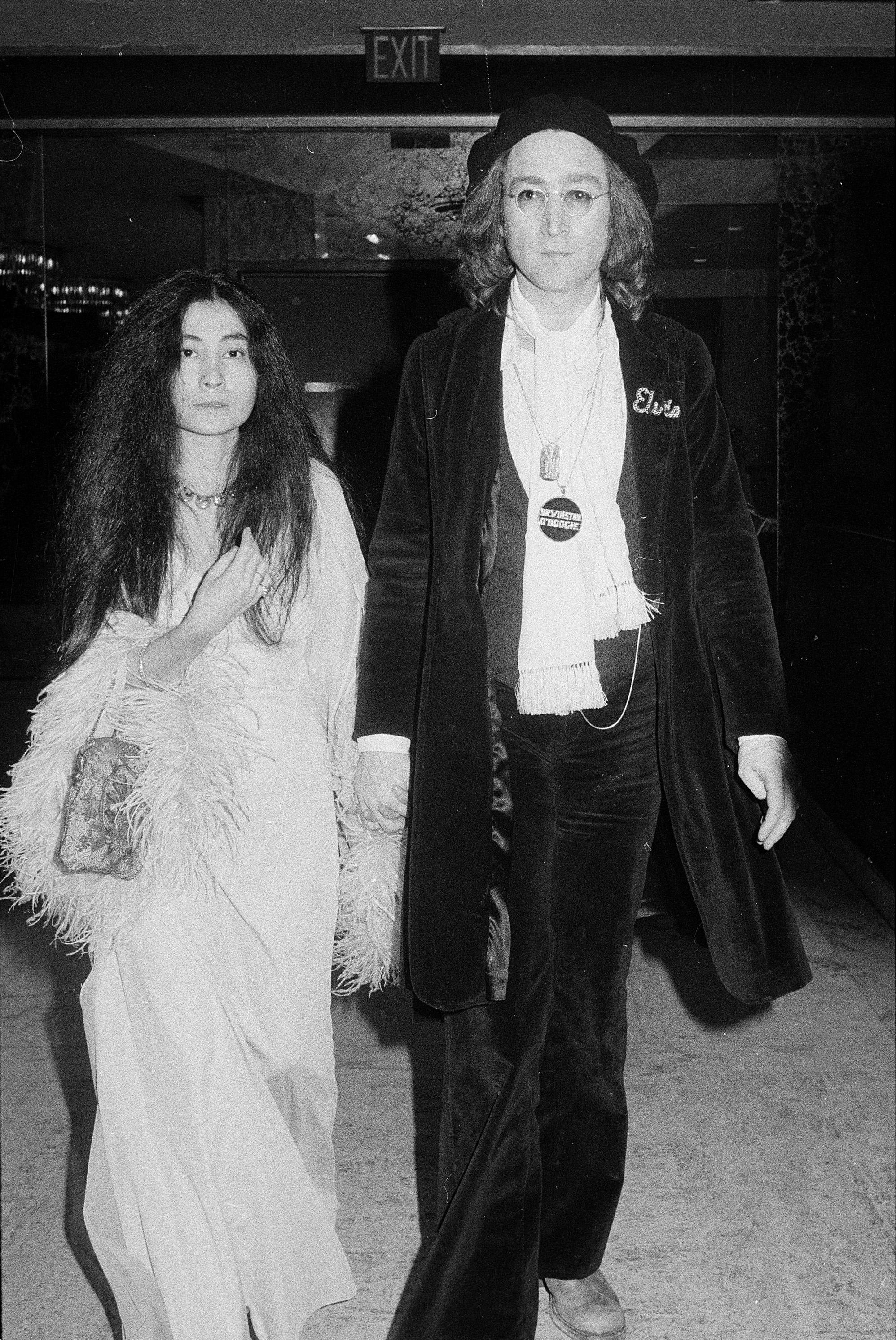 Yoko Ono John Lennon Grammys 1975