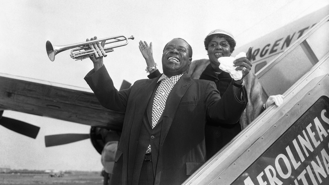 Louis Armstrong in Ghana: Watch this classic dance party