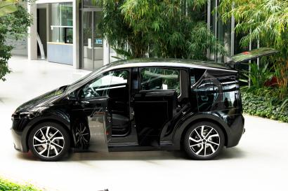 Sono Motors' Sion electric car uses solar panels to boost