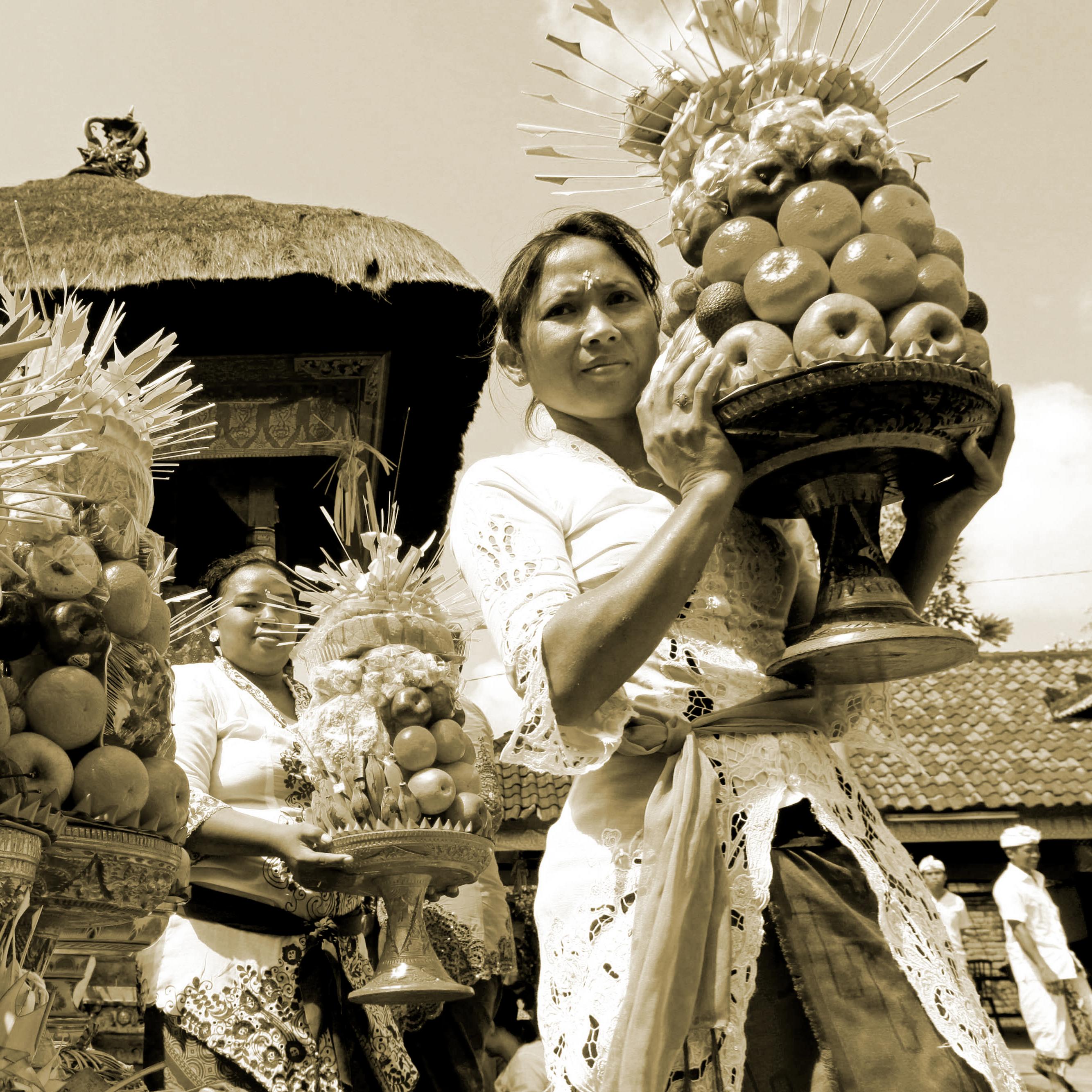 Mourning rituals in Bali.