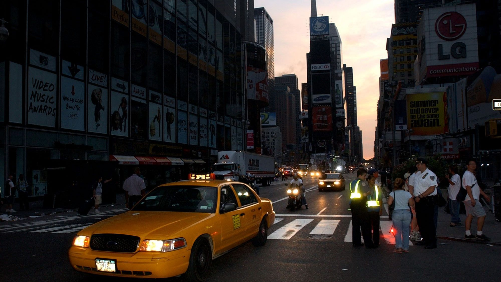 Pictures Of New York City S 2003 Blackout Quartz