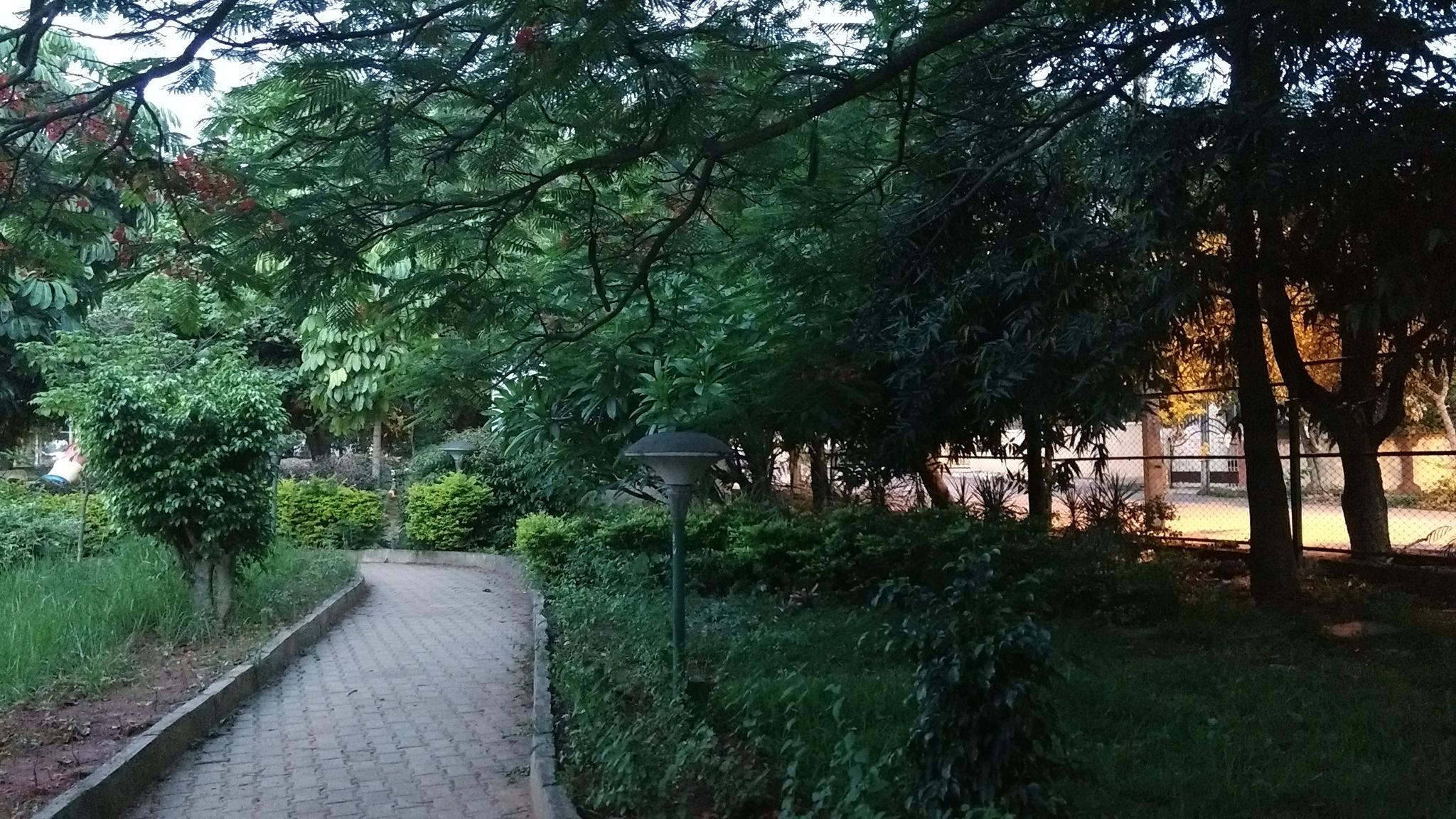 India-Bengaluru-parks-Nagawara