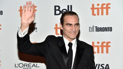 The Funniest Responses To Joaquin Phoenix S Joker Movie