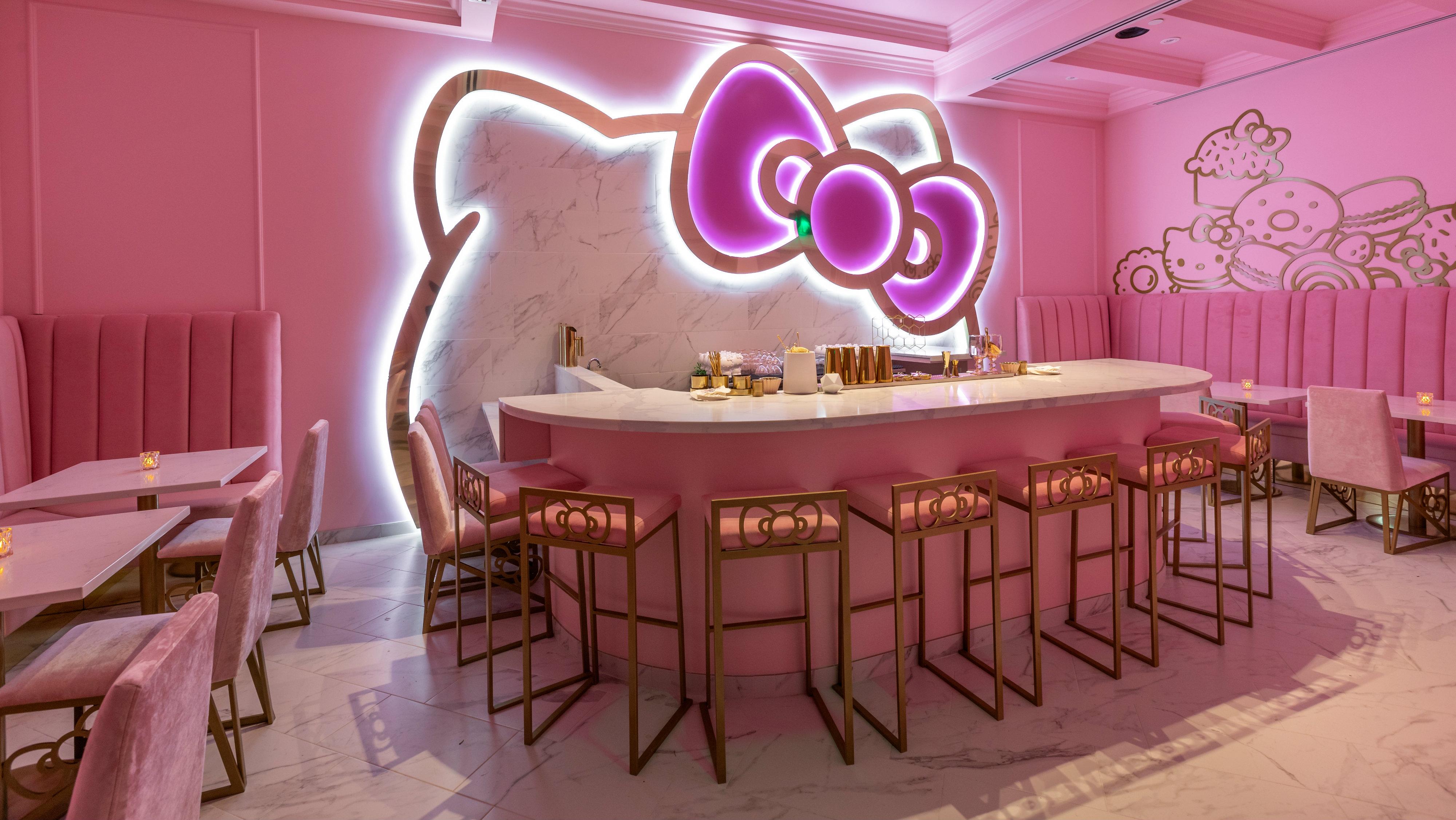 Hello Kitty Cafe: Sanr...