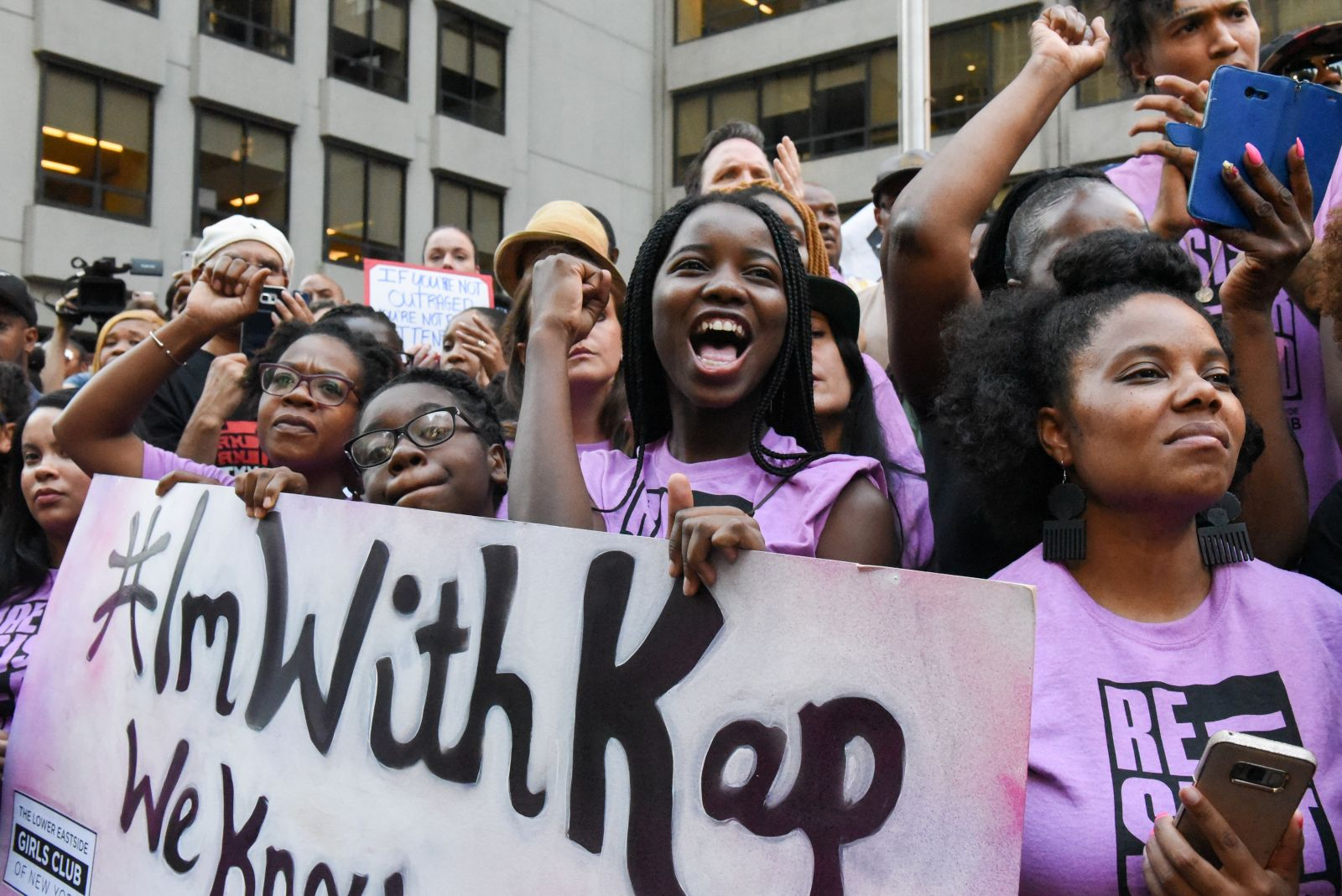 People participate in a protest against the National Football League (NFL) and in support of Colin Kaepernick in New York, NY, U.S. August 23, 2017. REUTERS/Stephanie Keith - RC12CFF85440