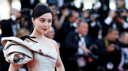 Fan Bingbing poses on the red carpet in Cannes.