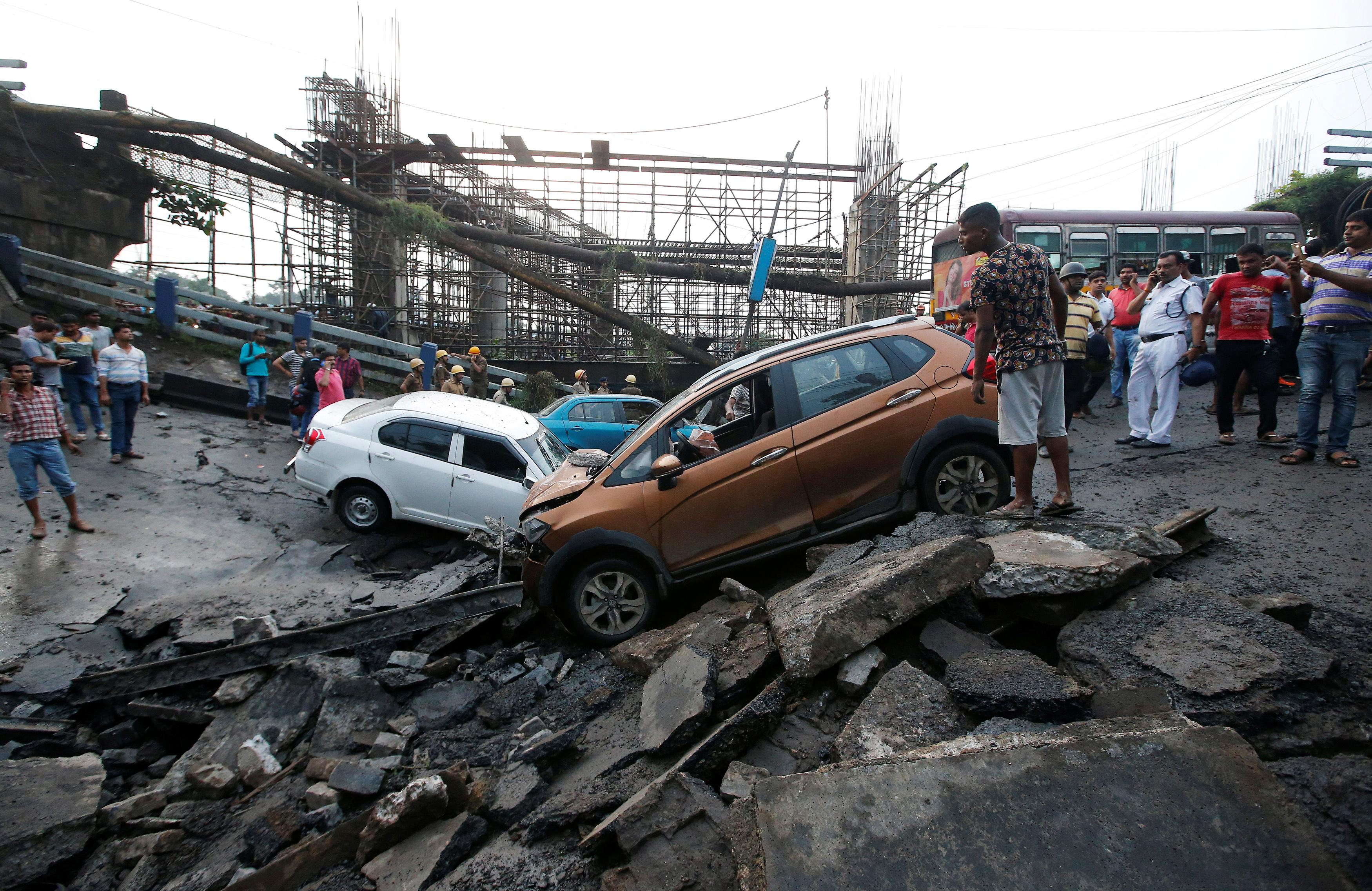 Kolkata-bridge-collapse-India