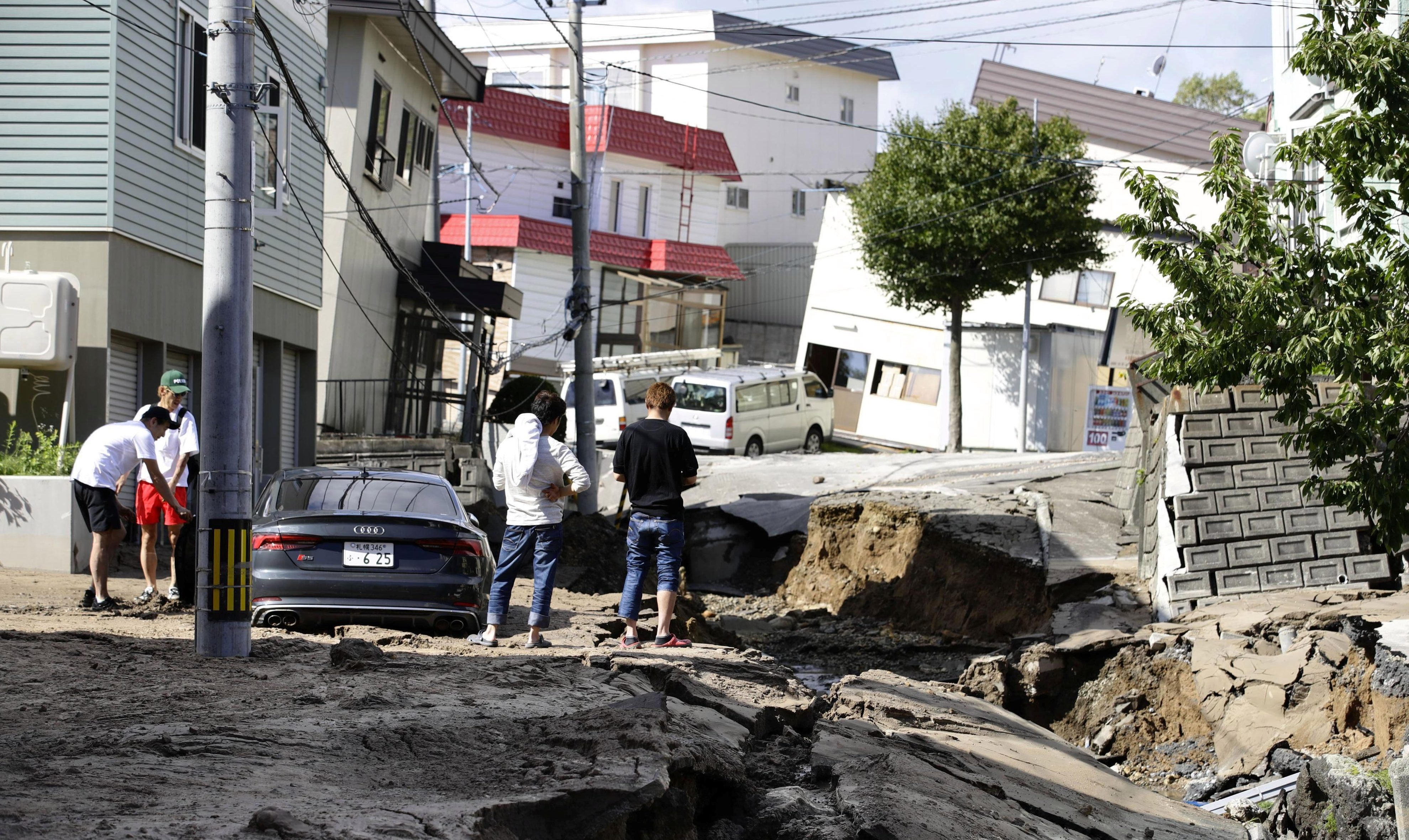 pictures damage in japan s hokkaido after 6 7 magnitude earthquake
