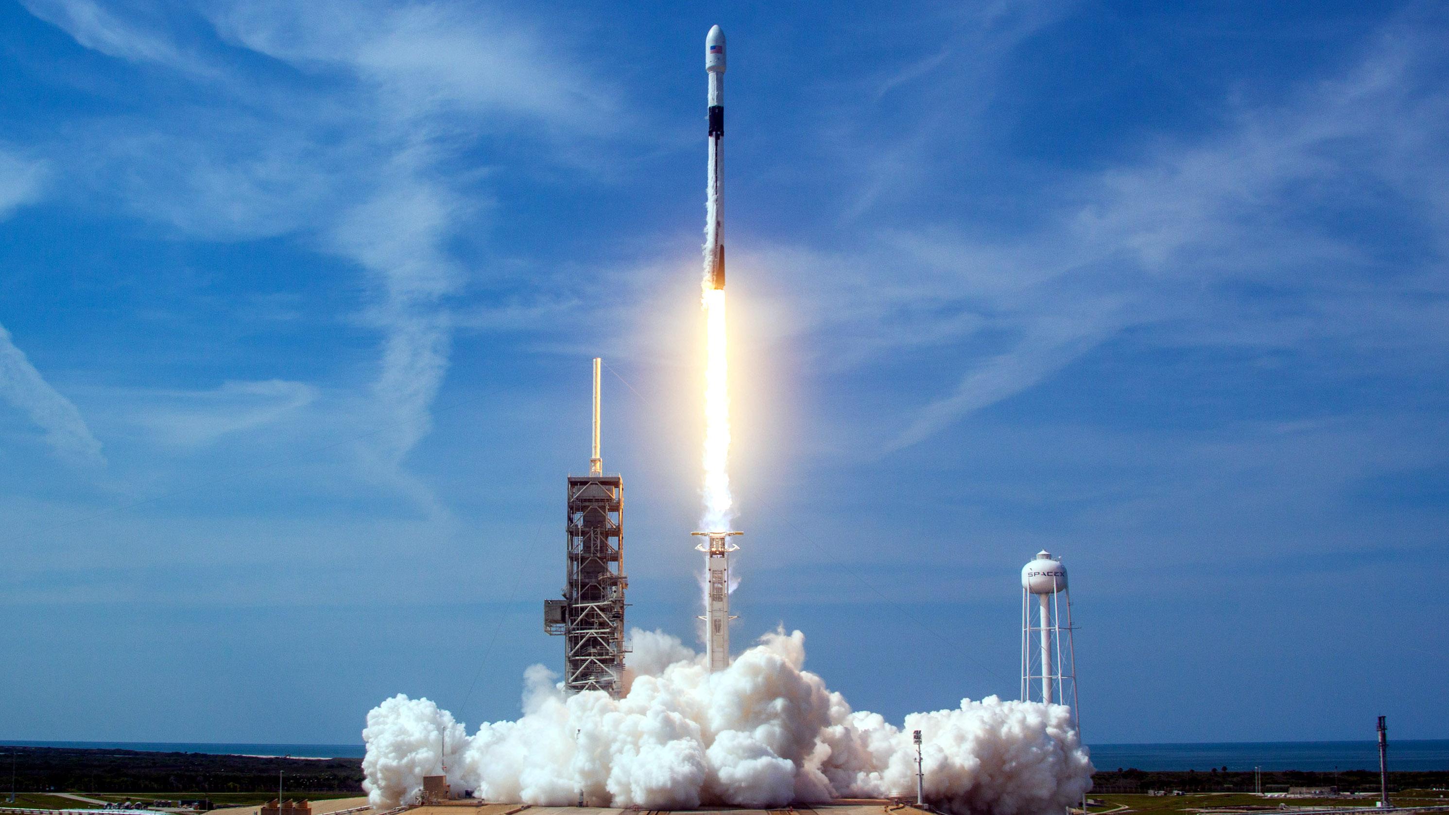 Watch Elon Musk's SpaceX return to orbit with its Telstar ...