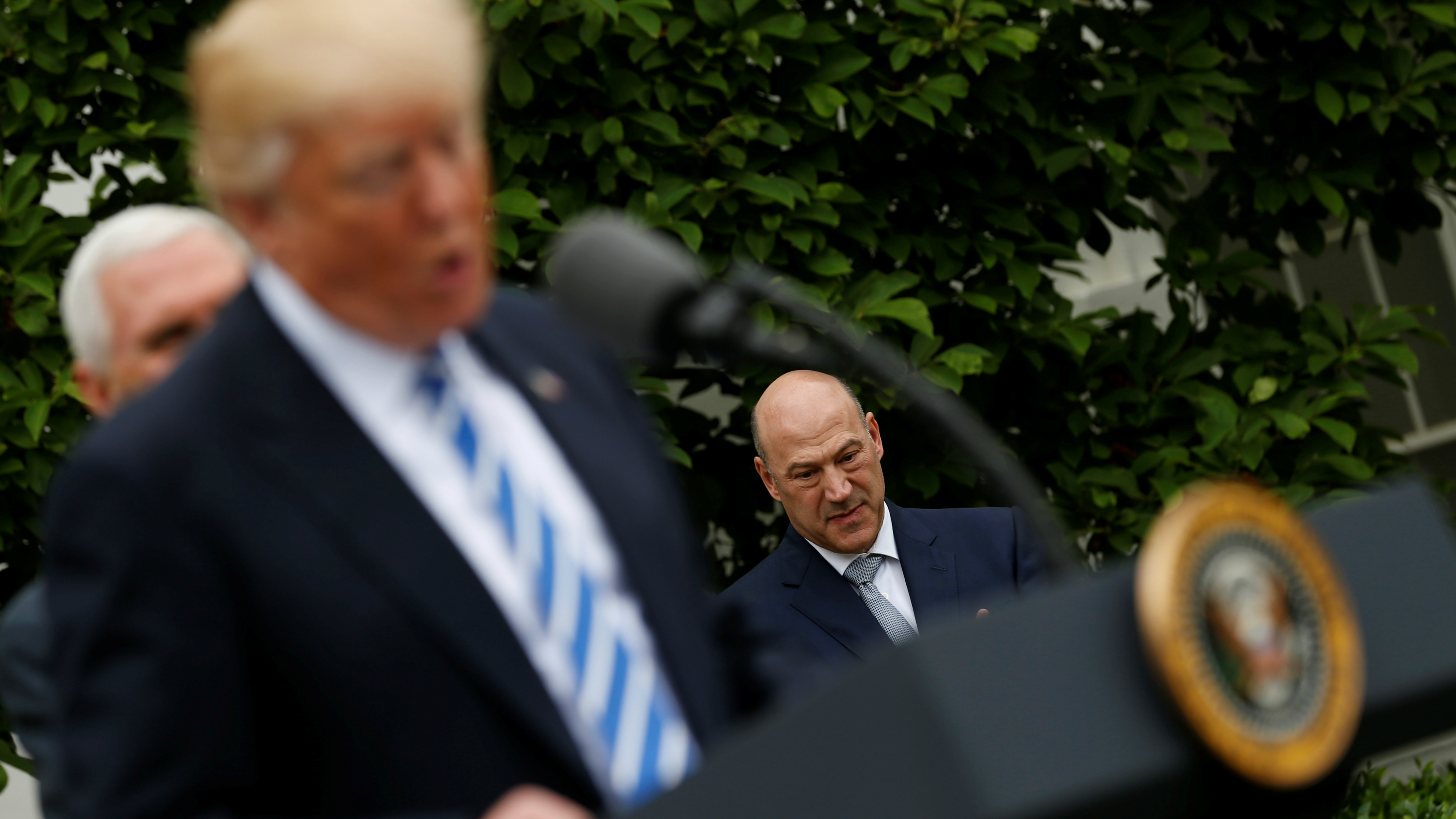Trump told Gary Cohn to print money to repay the national debt