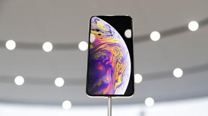 46805413886 The reviews are in, and the iPhone Xs Max doesn't seem all that worth it