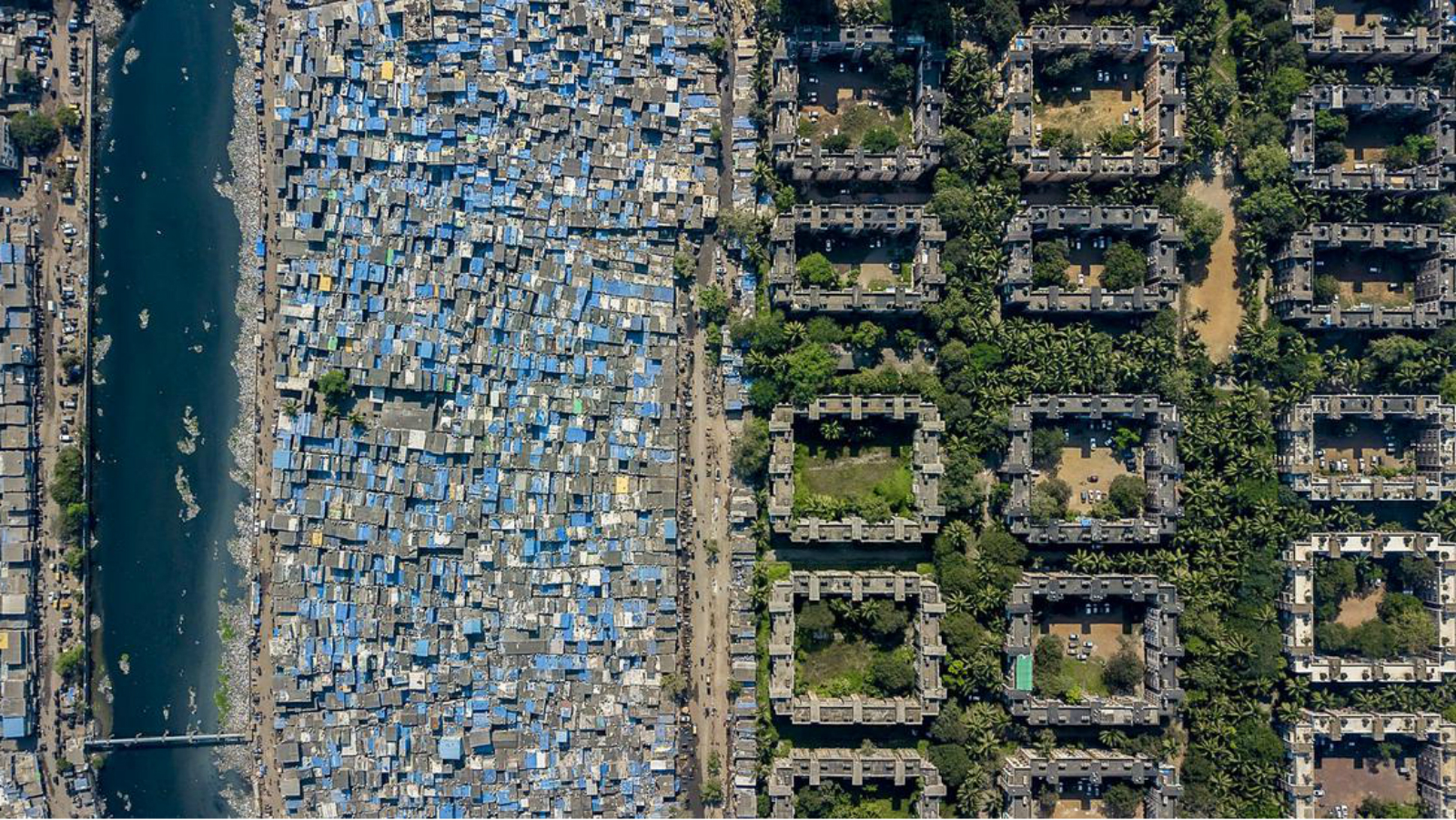 Drone photos capture the staggering inequality in Mumbai