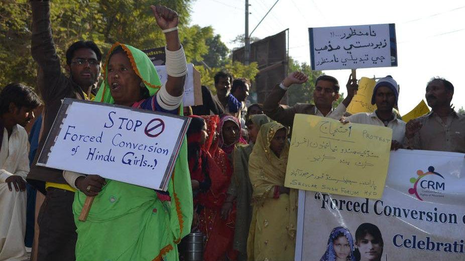 Why Pakistan's Hindu women covert to Islam — Quartz India