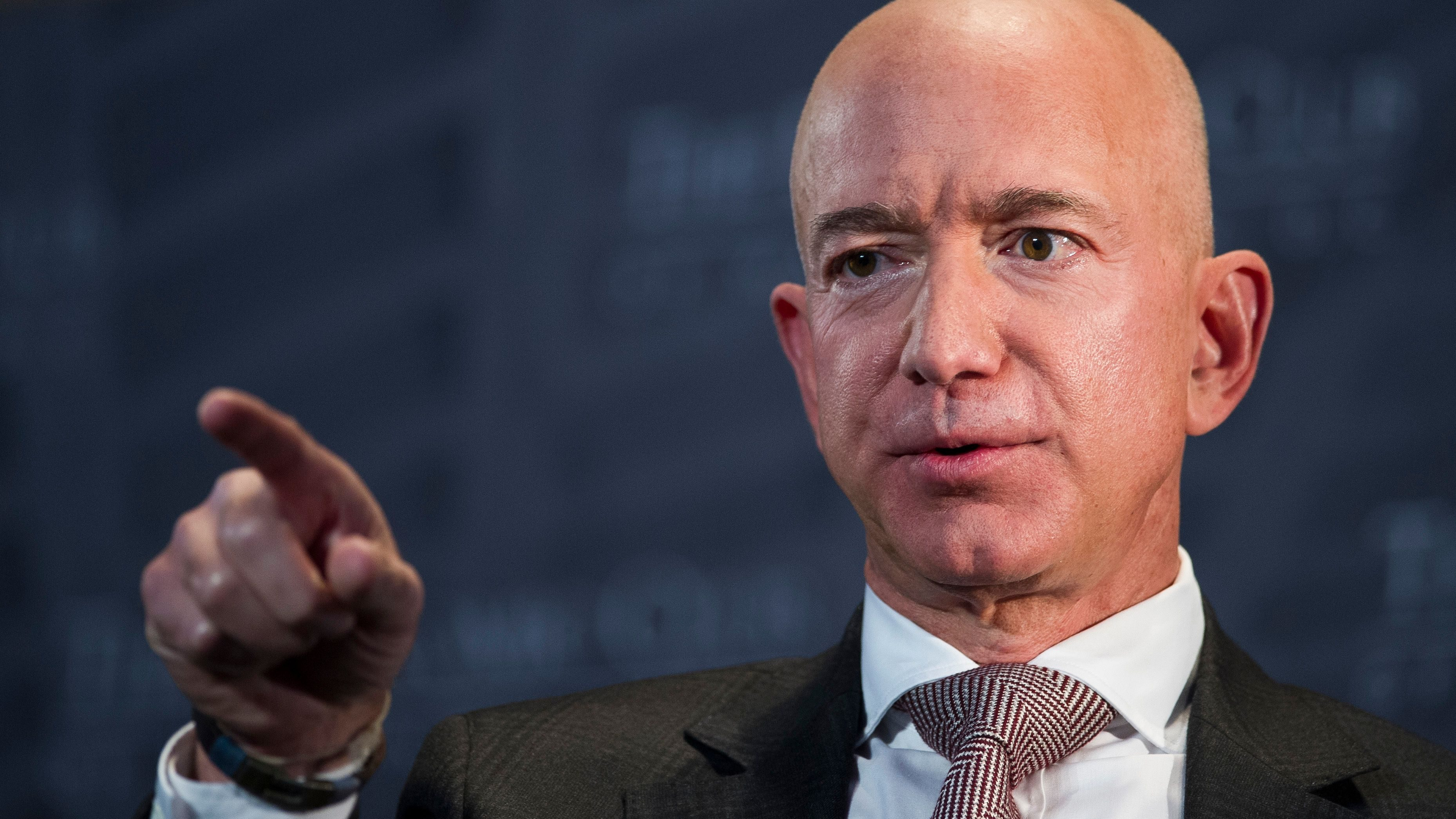 When it makes sense to abandon a vision, according to Jeff Bezos