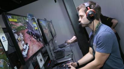 Nathan Kress playing Tom Clancy's Ghost Recon Wildlands at Ubisoft E3 2016 - Day 3 at the Los Angeles Convention Center on Thursday, June 16, 2016, in Los Angeles. (Photo by Casey Rodgers/Invision for Ubisoft/AP Images)