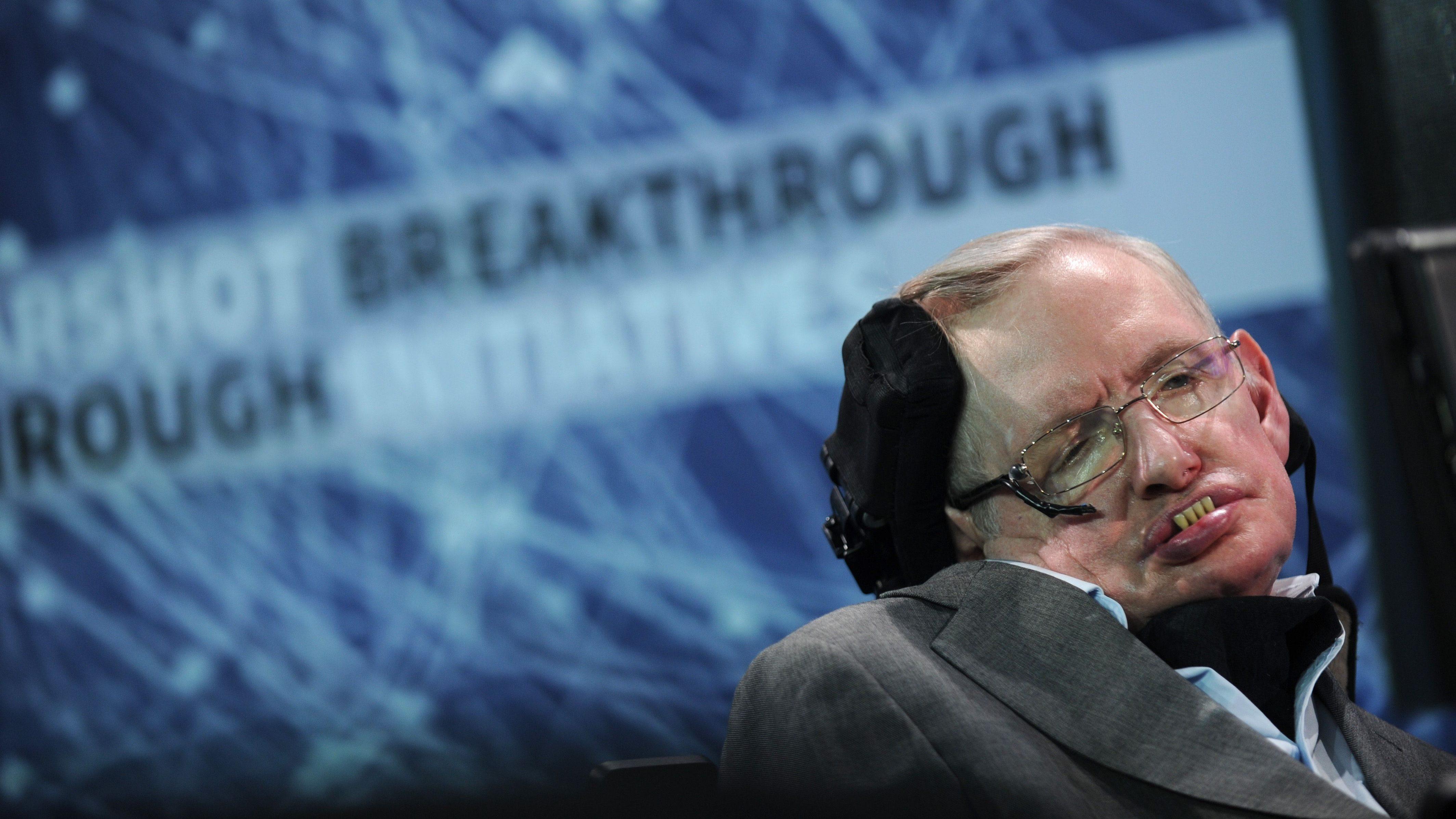 Hawking warned AI is dangerous