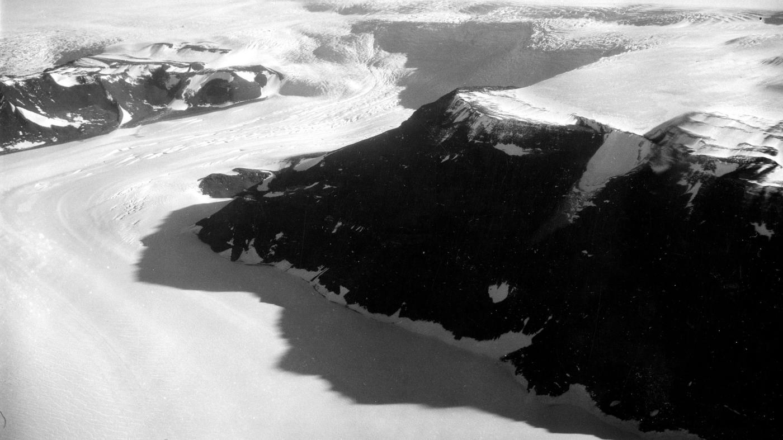 An ice shelf in Antartica is making eerie noises