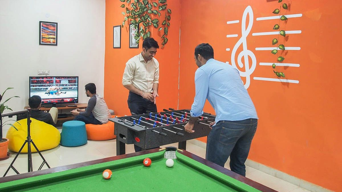OYO, Nestaway, CoHo bring co-living to Indian millennials — Quartz ...