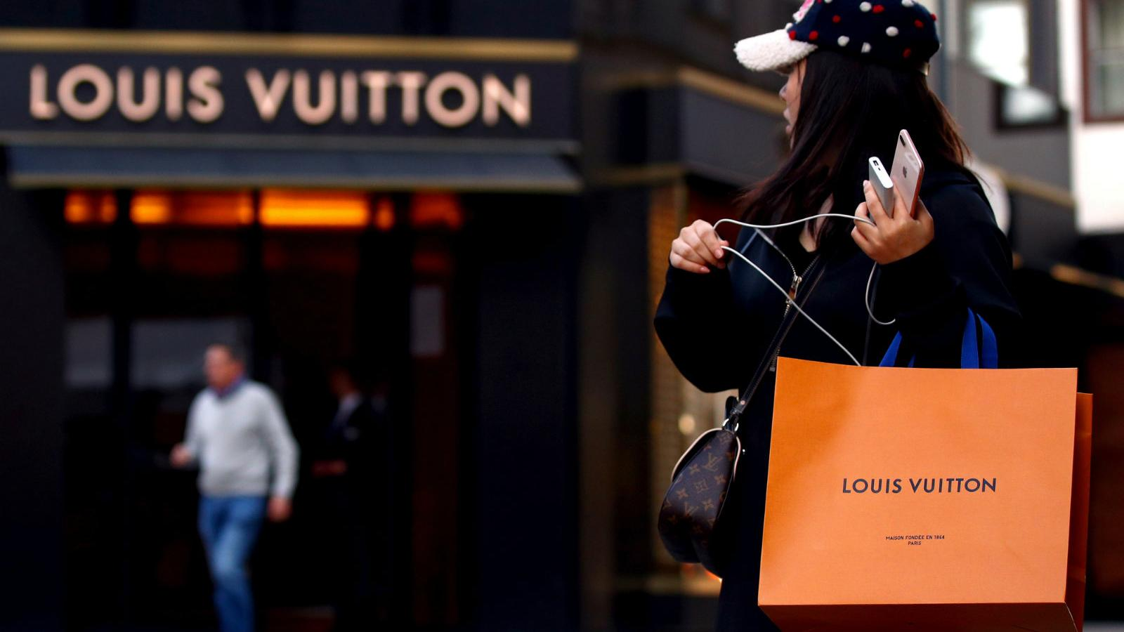 8b571a978905 Even a fake Louis Vuitton is a status symbol in India — Quartz India
