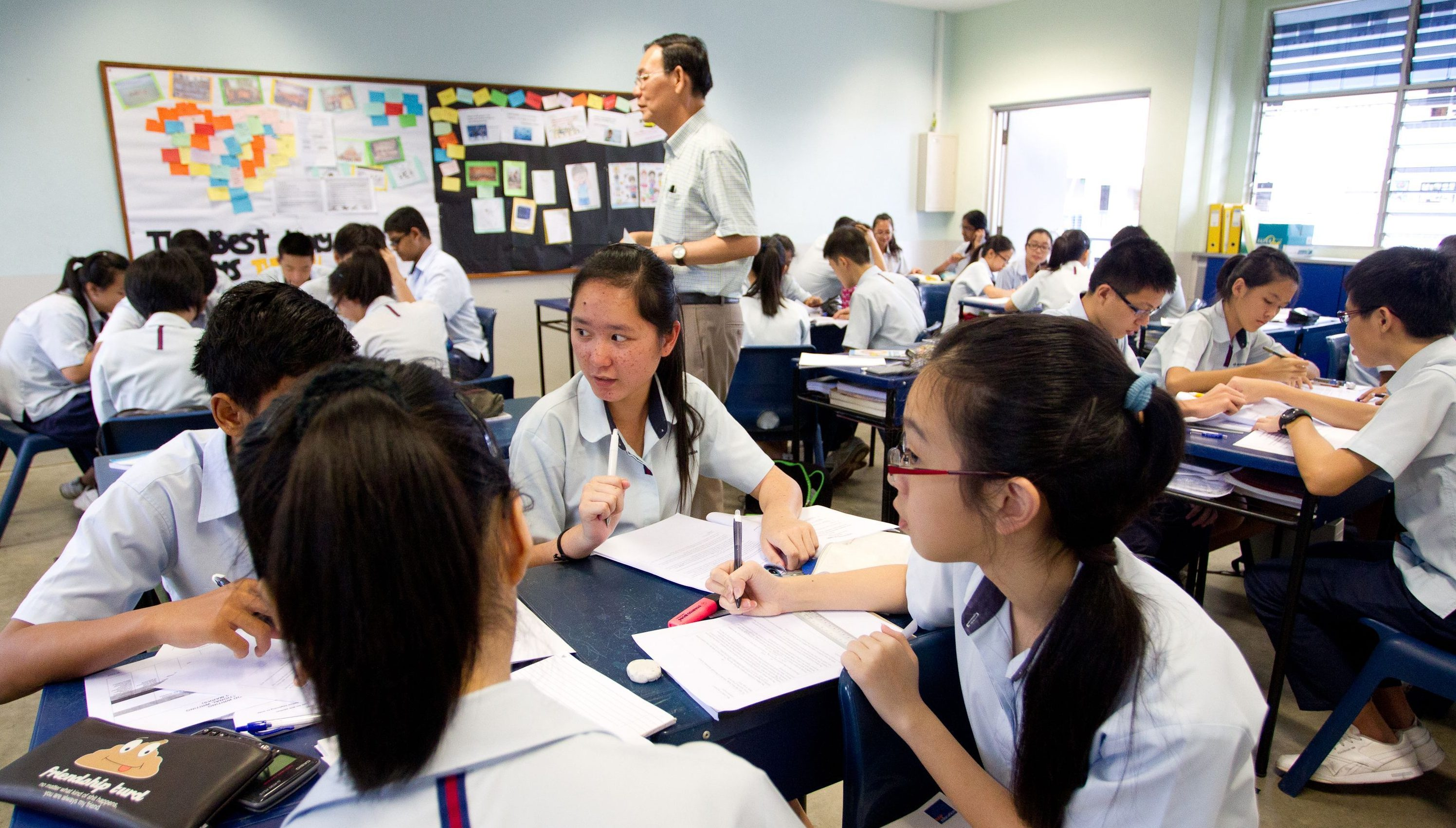 4a56375dd9 Why Singapore is so good at English — Quartz