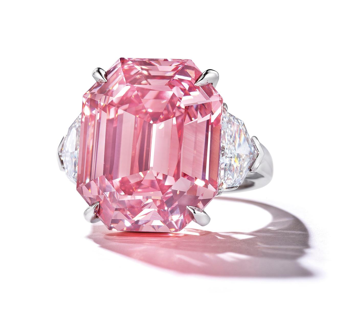 The Pink Legacy Diamond Sold To Harry Winston For 50 4
