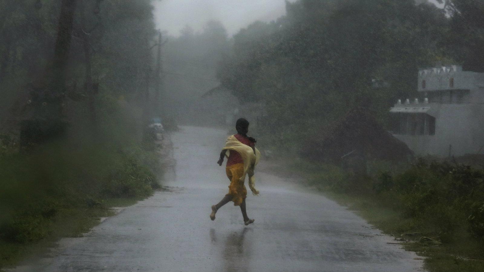India-cyclones-Andhra-Pradesh-Tamil-Nadu