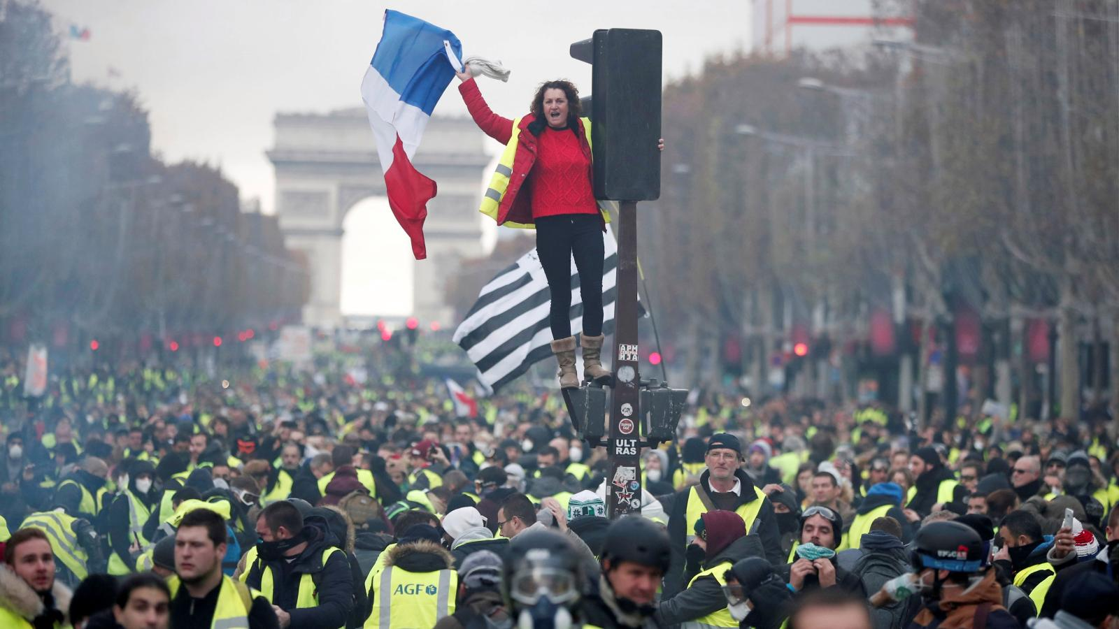 US workers would envy France's yellow vest protesters