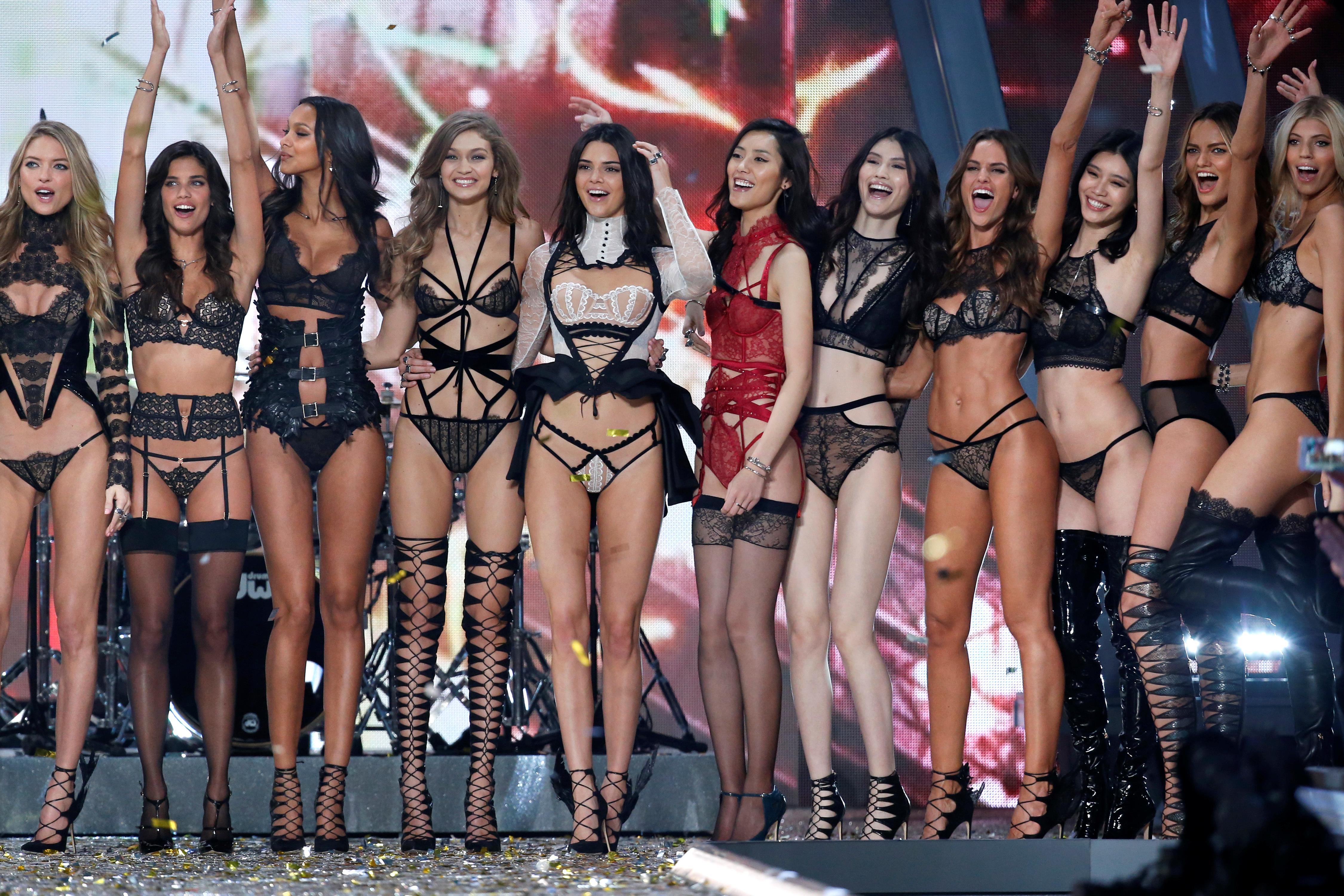 Victoria's Secret's porny fashion show won't help the failing brand's image